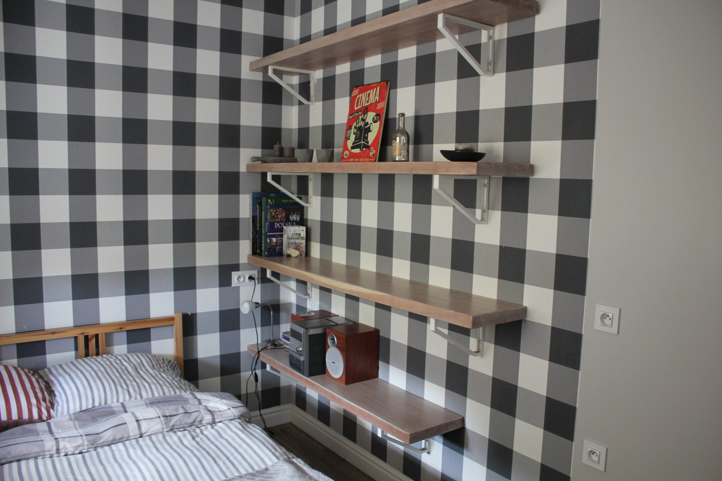 Apartament na Mariensztacie – Bookshelf