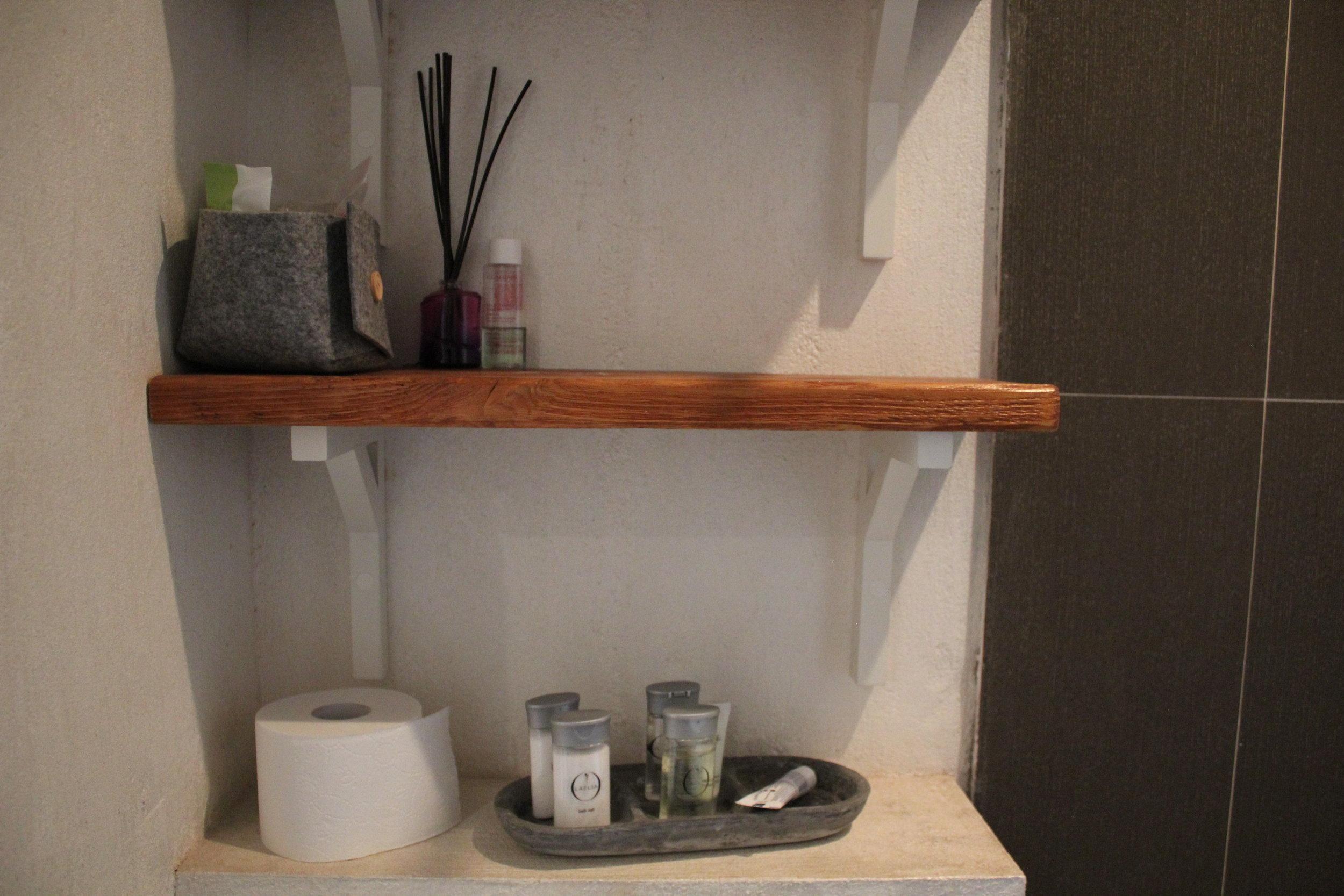 Apartament na Mariensztacie – Bathroom amenities