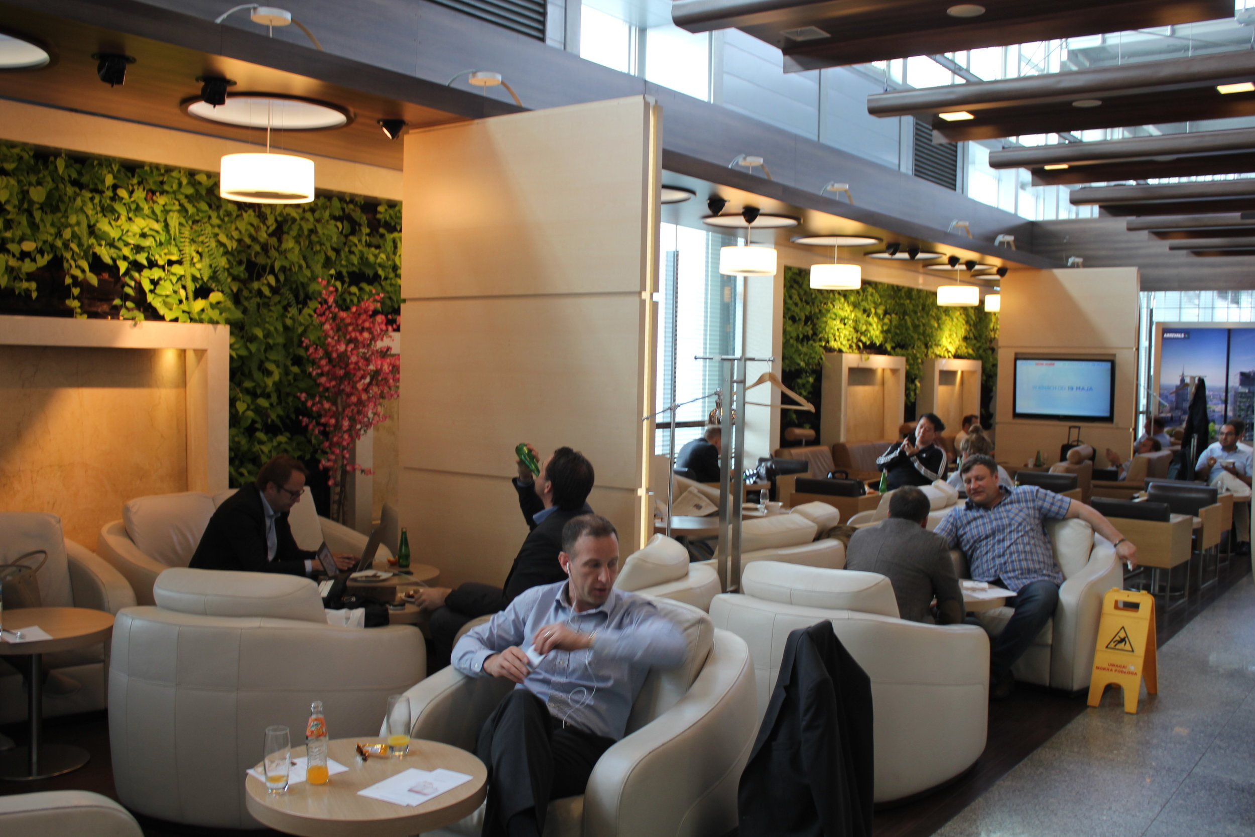 LOT Business Lounge Warsaw – Seating area