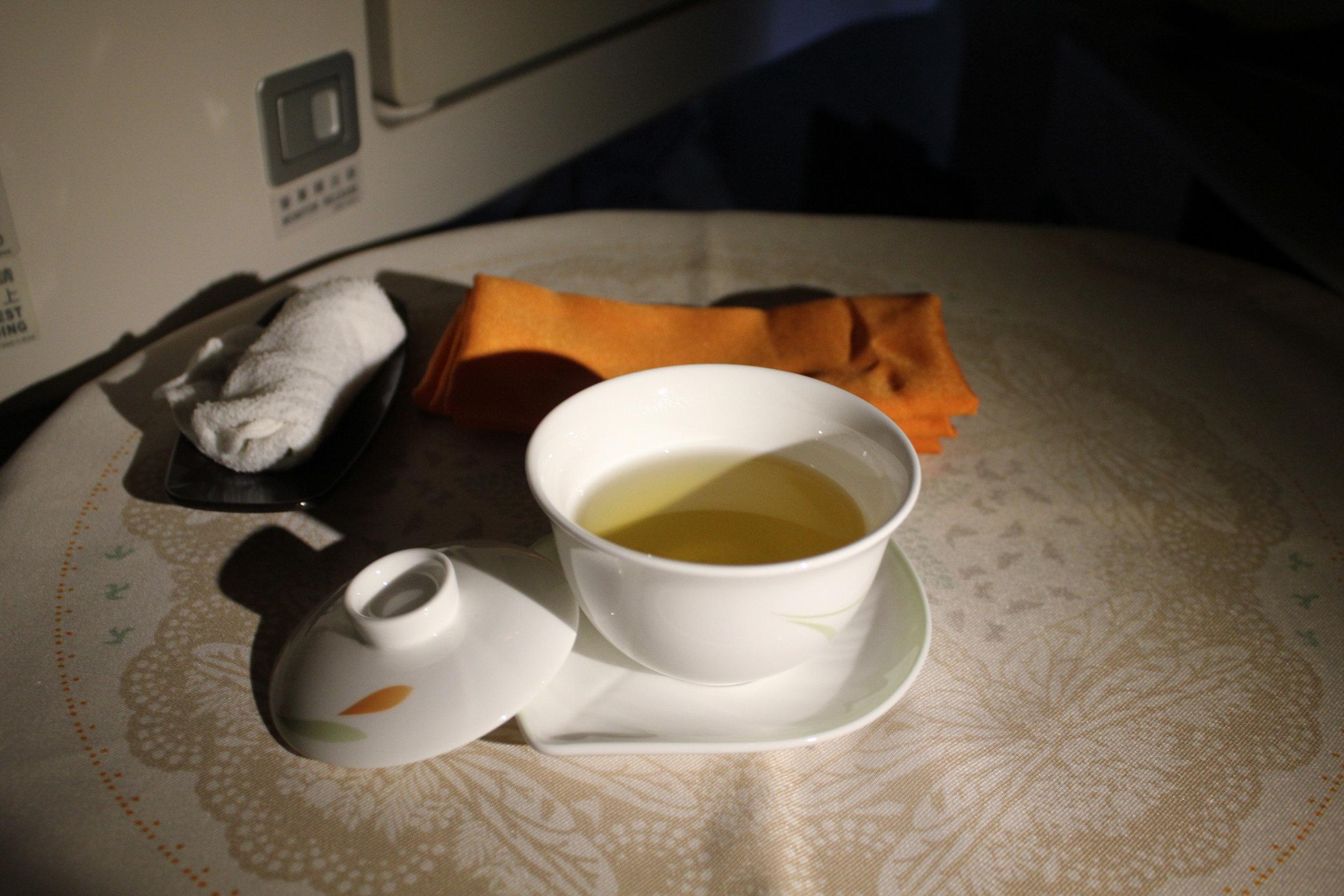 EVA Air business class – Oolong tea