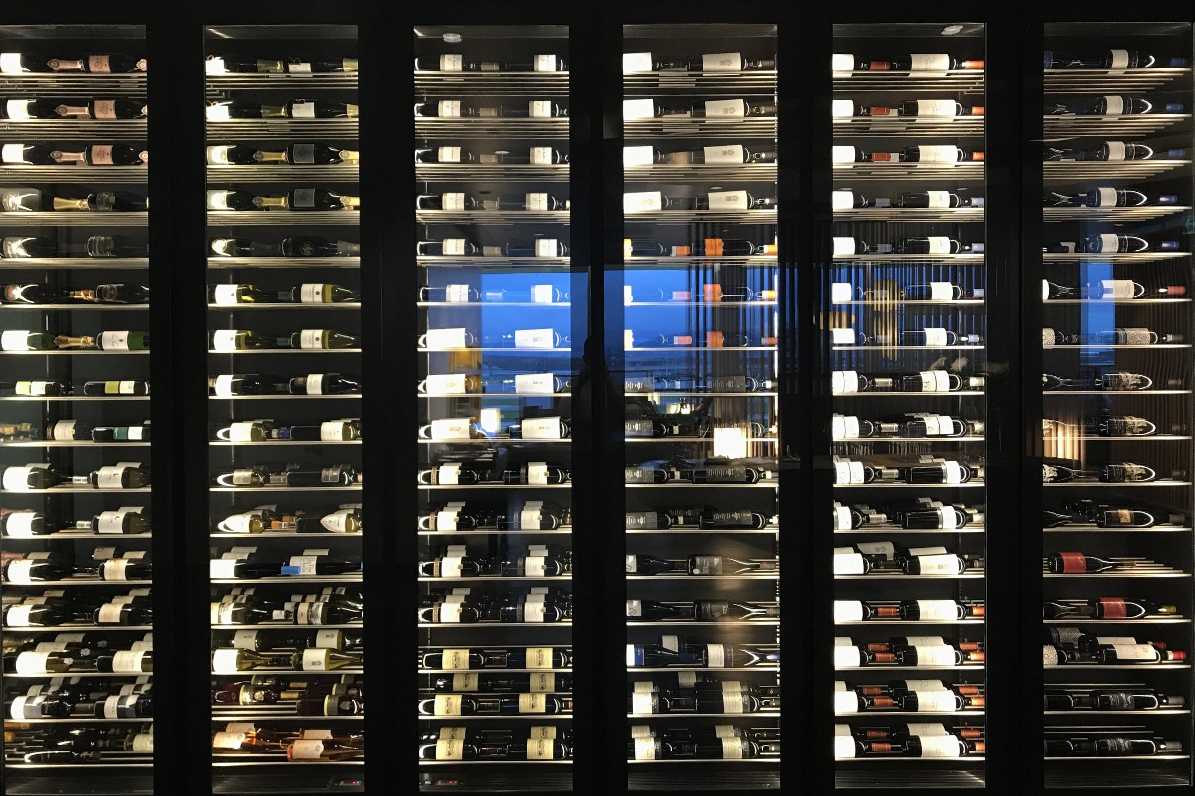 Swiss First Class Lounge Zurich – Wine humidor