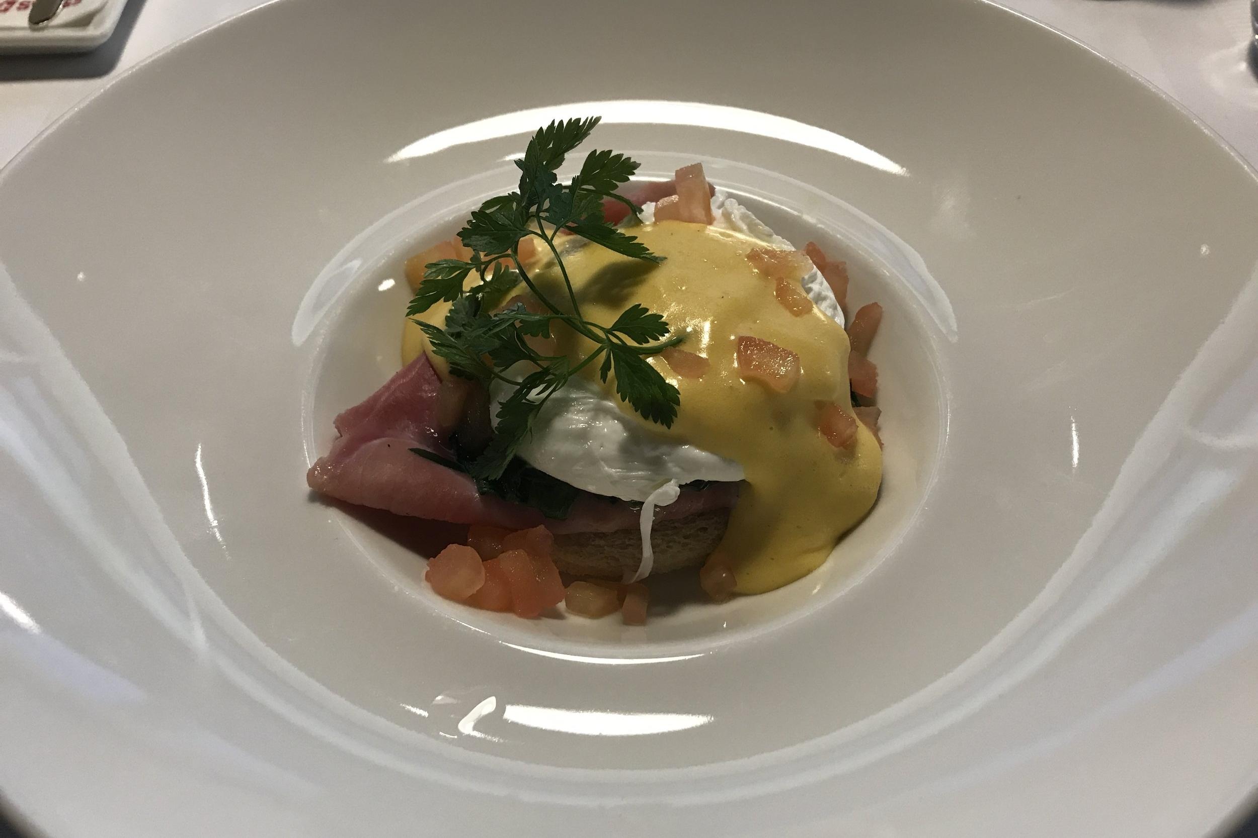 Swiss First Class Lounge Zurich – Eggs Benedict