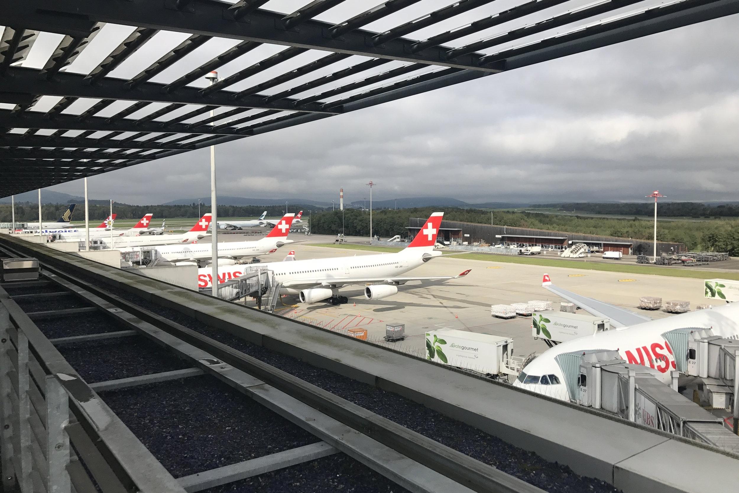 Swiss First Class Lounge Zurich – Swiss aircraft
