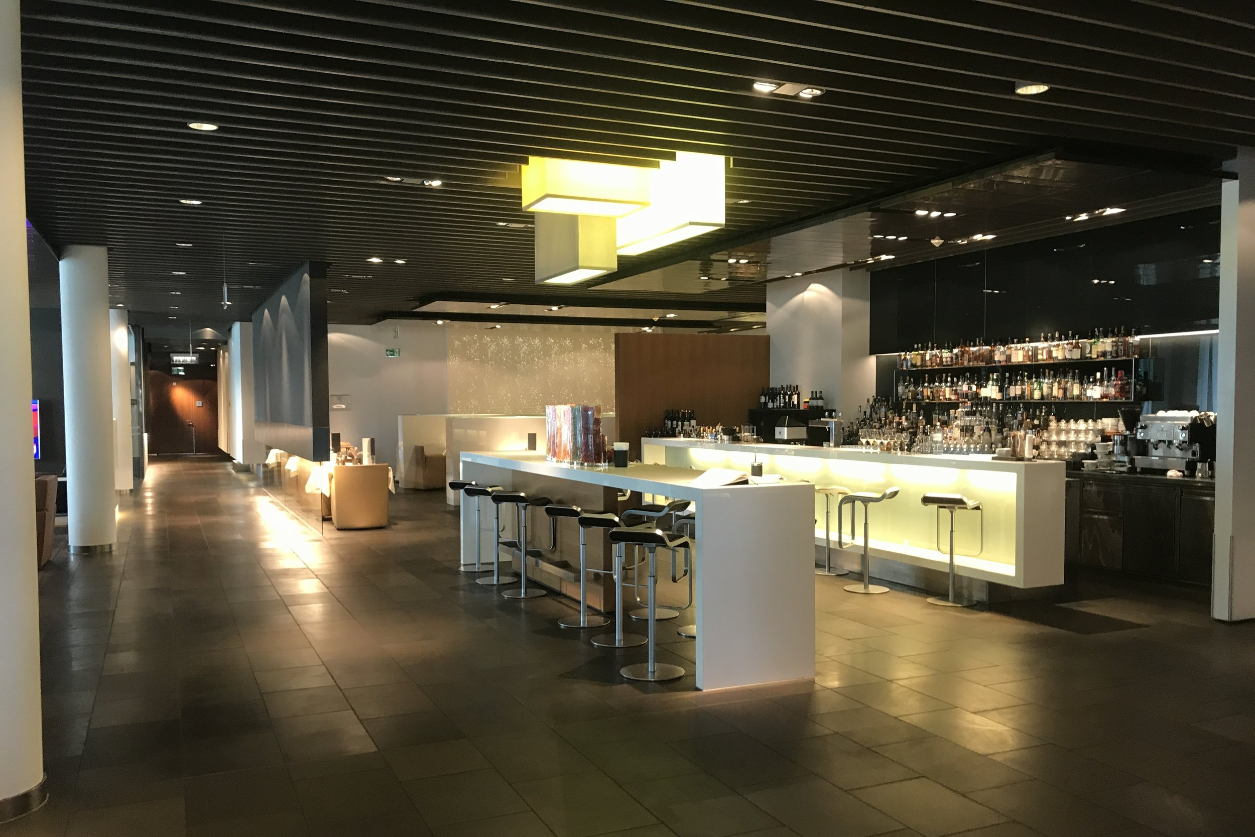 Lufthansa First Class Terminal Frankfurt – Bar
