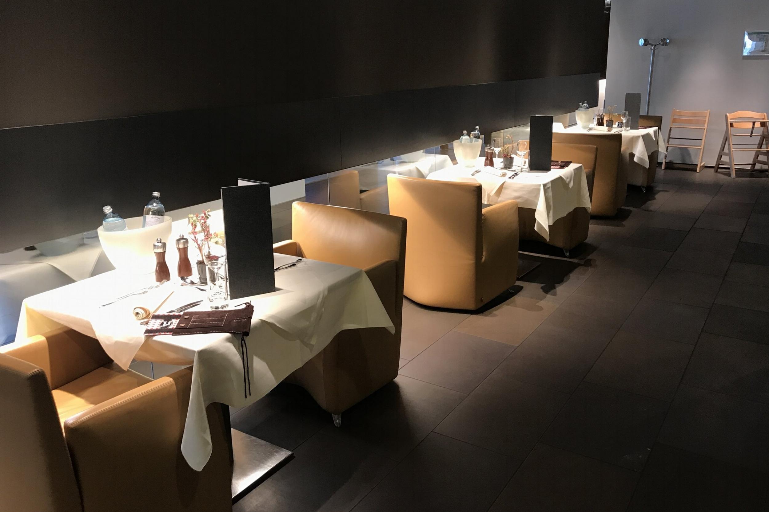 Lufthansa First Class Terminal Frankfurt – Dining area
