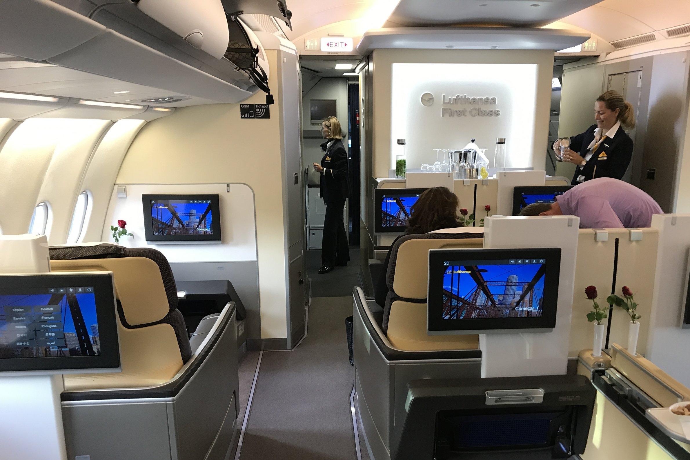Lufthansa First Class – Cabin