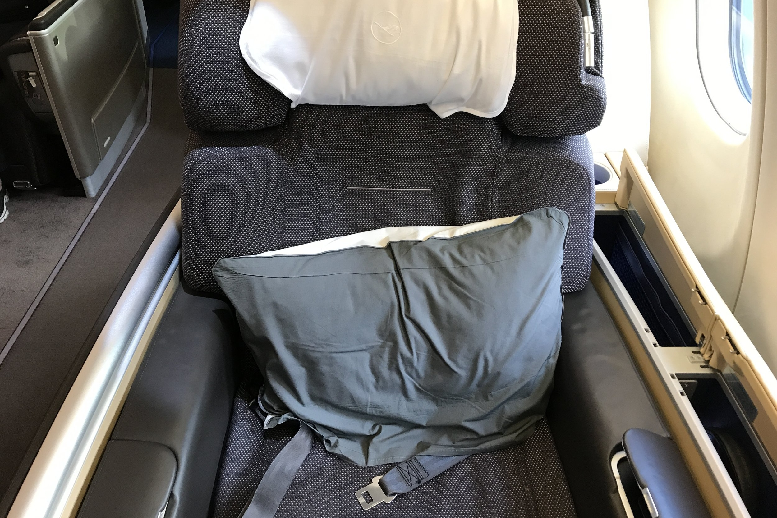 Lufthansa First Class – Seat 1A