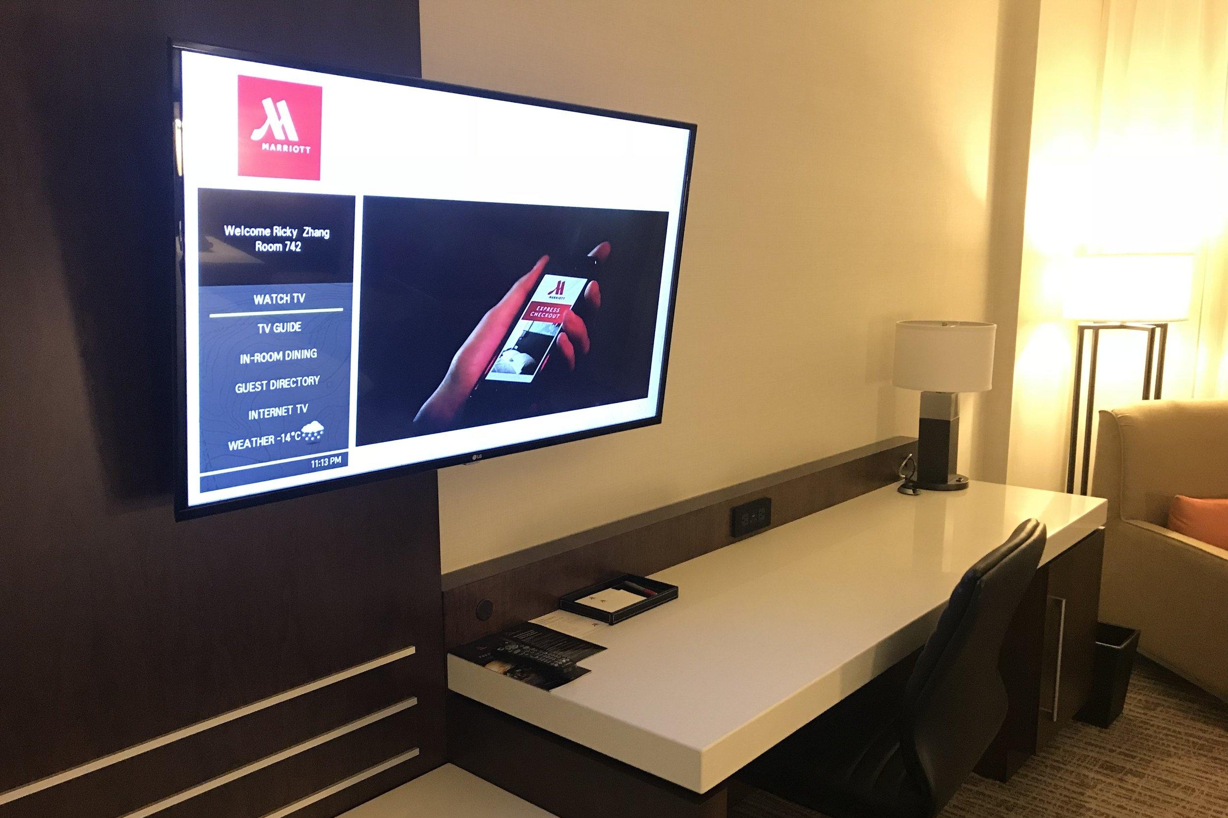 Marriott In-Terminal Hotel Calgary Airport – TV screen