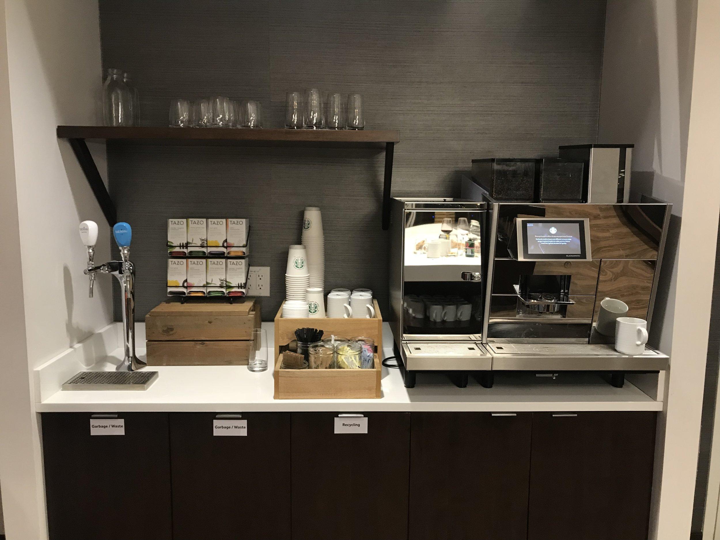 Marriott In-Terminal Hotel Calgary Airport – Breakfast