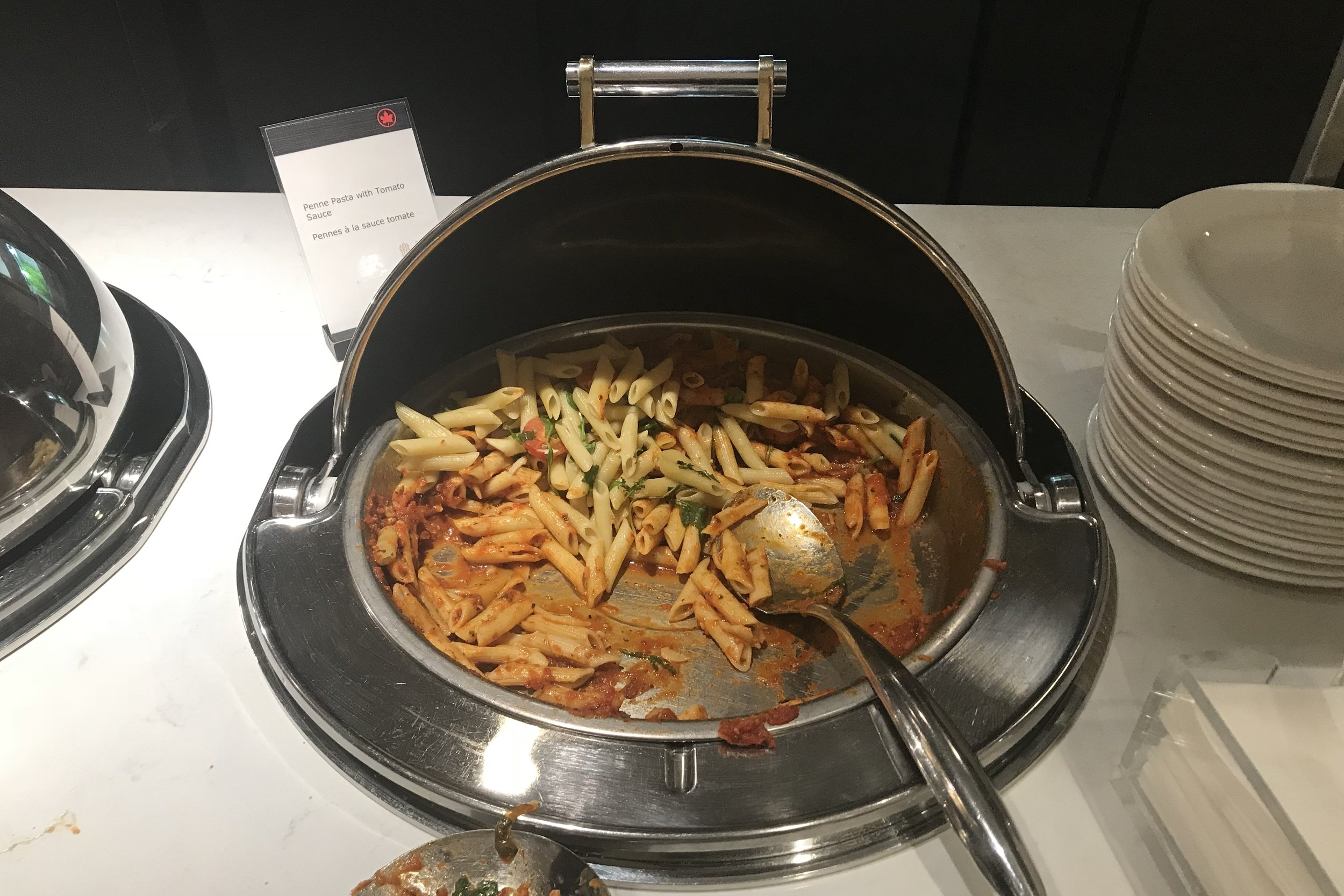Air Canada Maple Leaf Lounge Calgary (Domestic) – Pasta