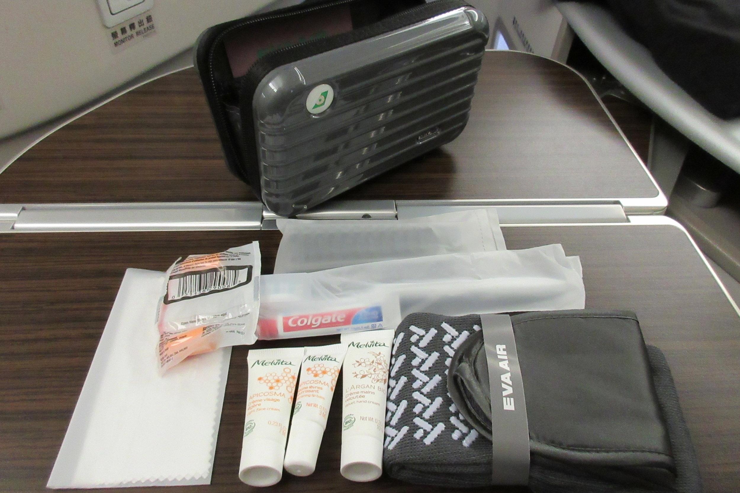 EVA Air business class Toronto to Taipei – Rimowa amenity kit