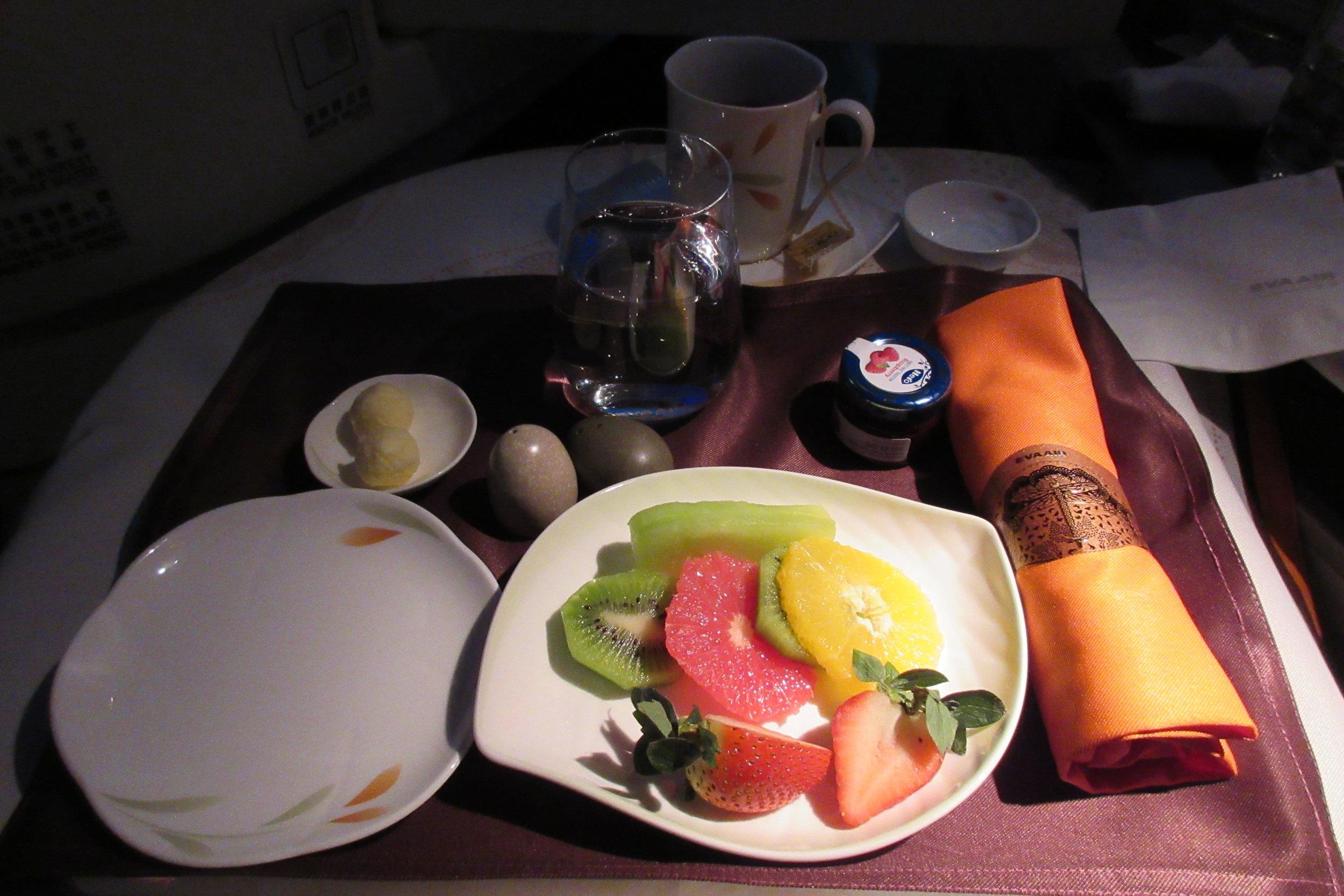 EVA Air business class Toronto to Taipei – Fruit plate