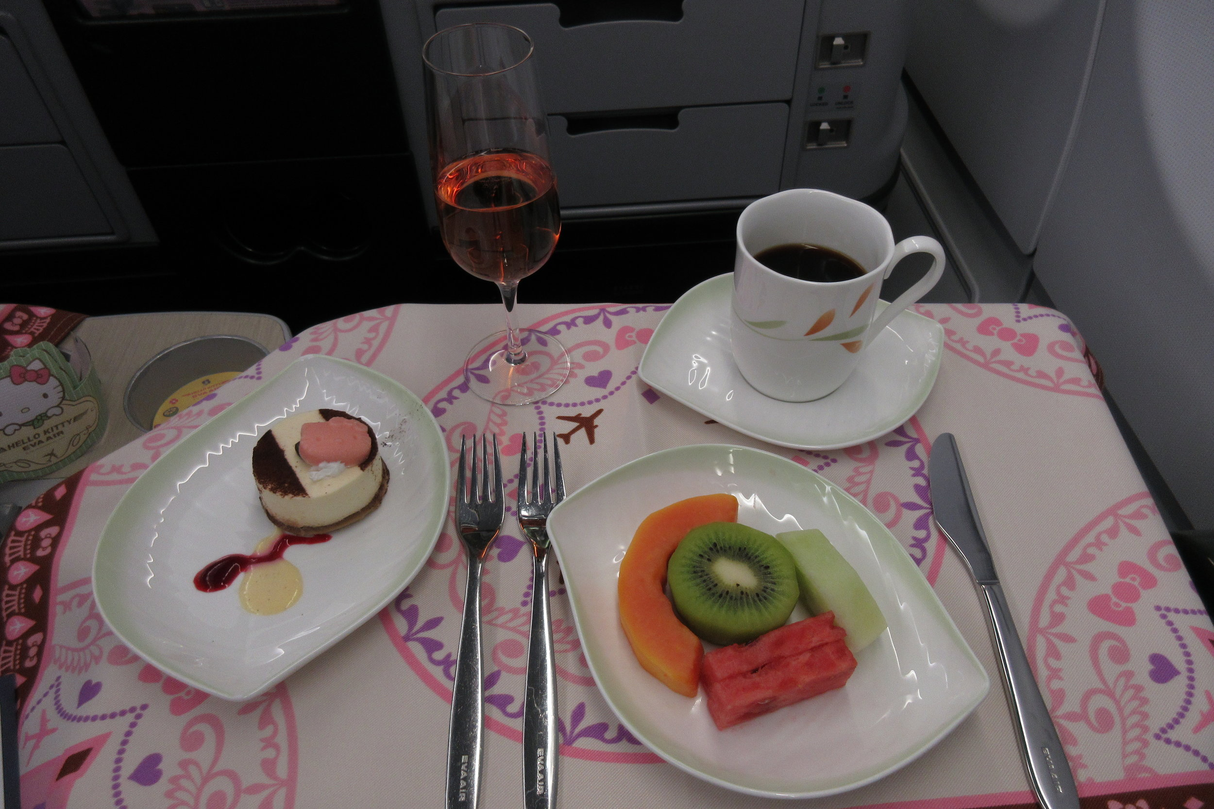 EVA Air regional business class – Dessert