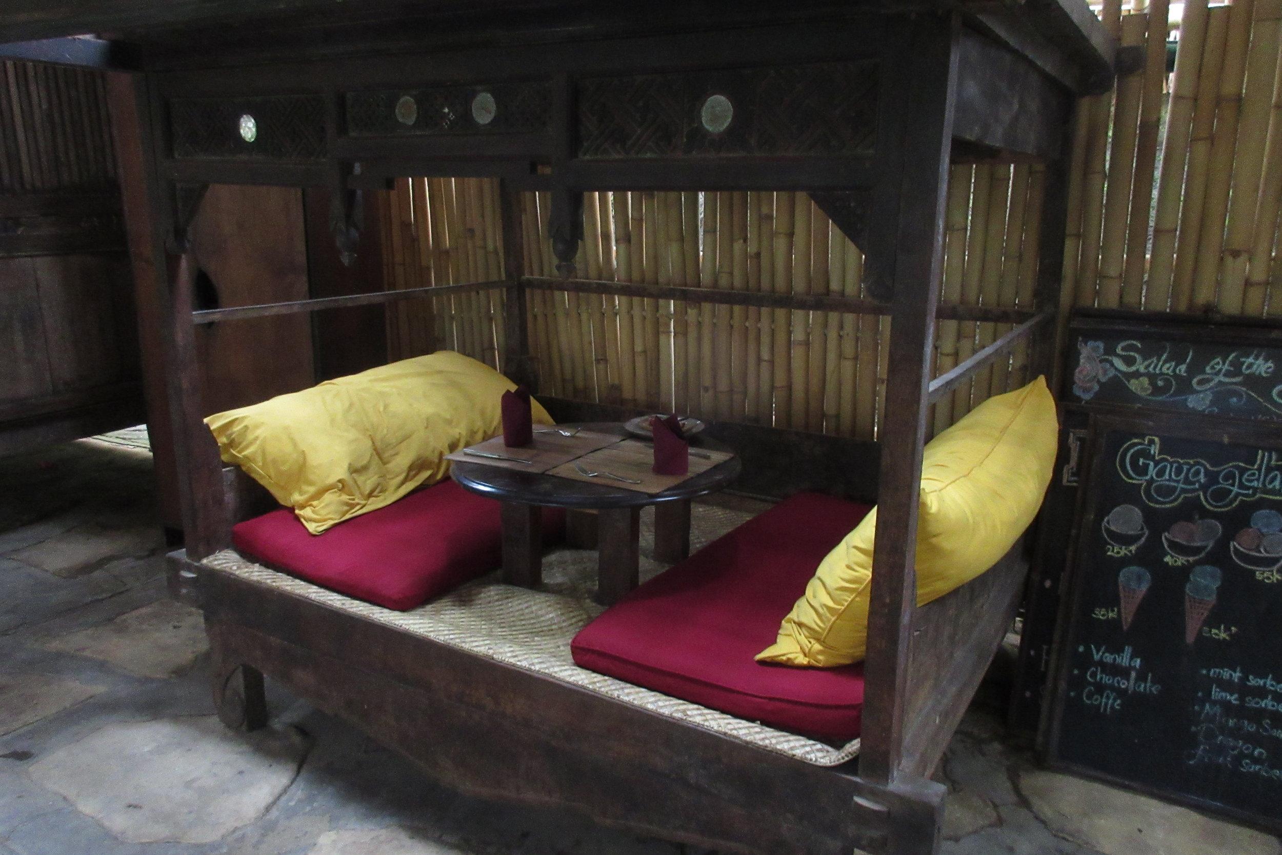 Bambu Indah Ubud – Seating booths
