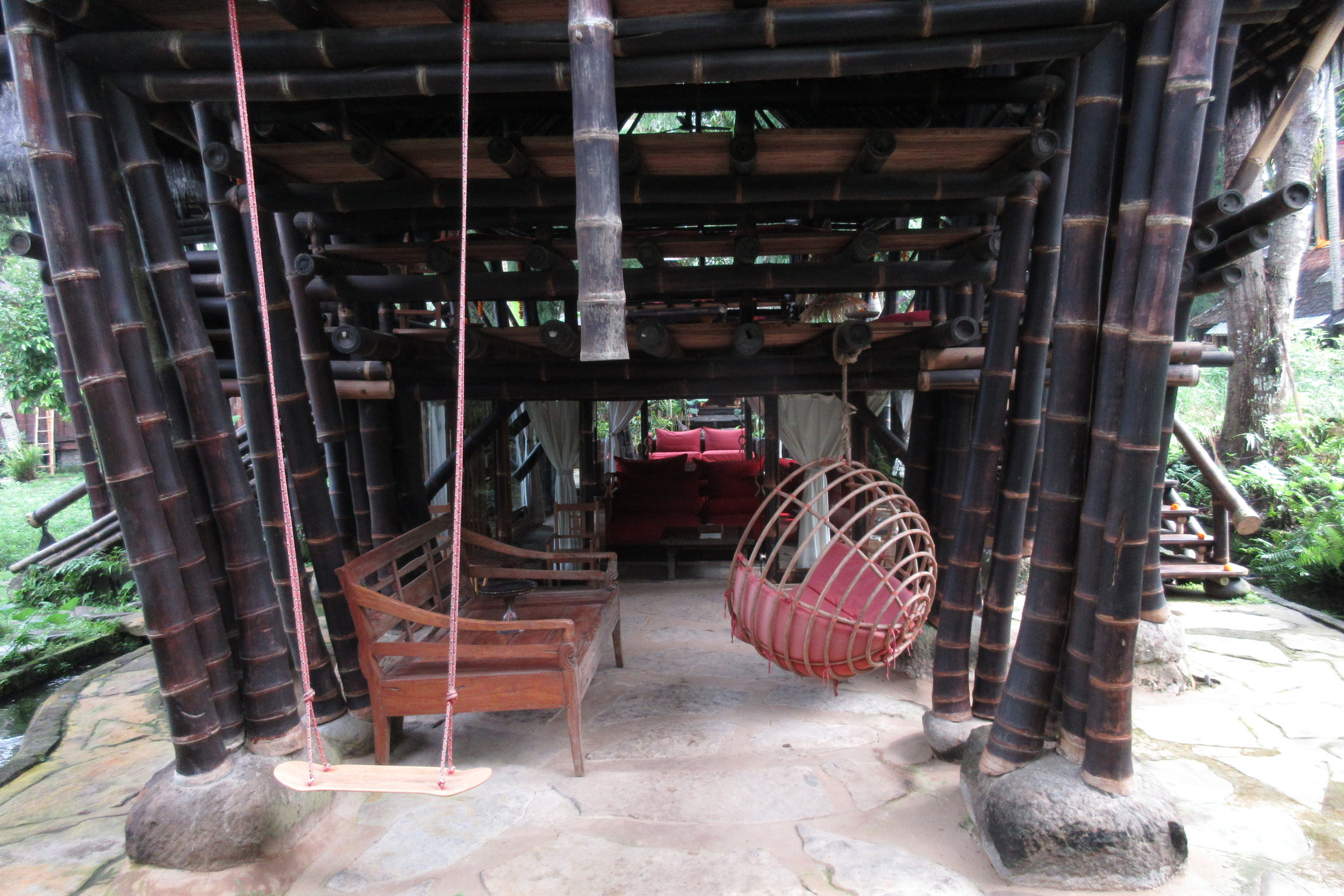 Bambu Indah Ubud – Swing set and hammock chair