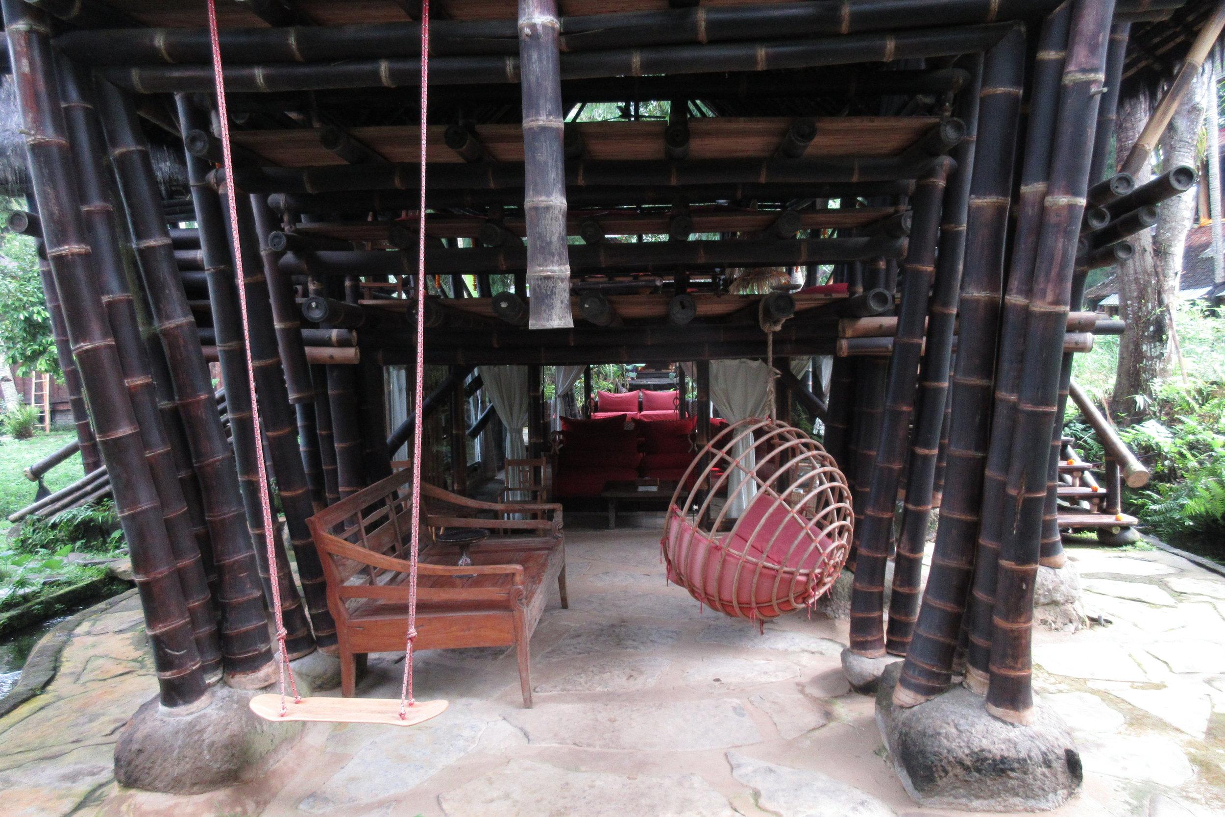 Bambu Indah Ubud – Swing set and hammock chair