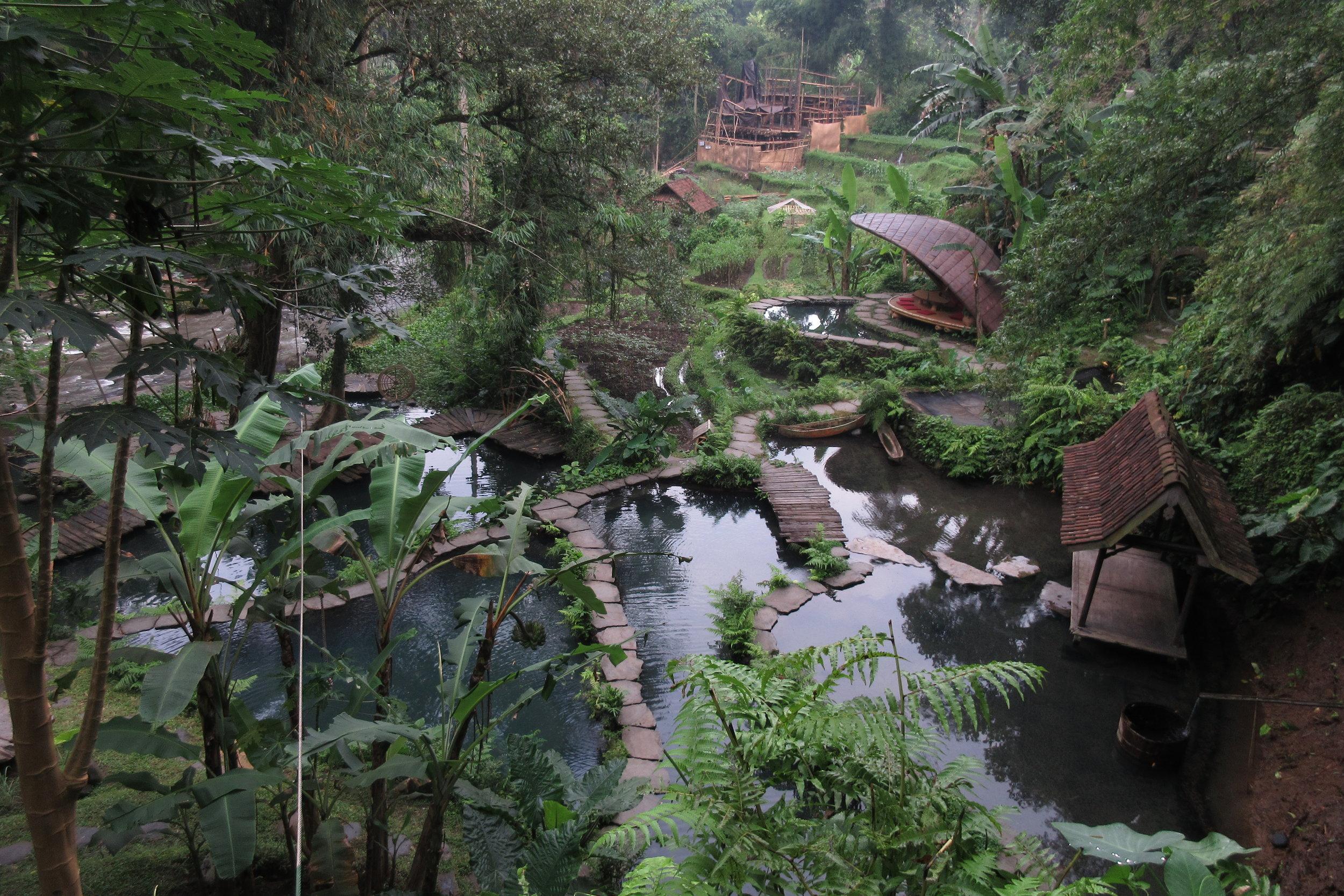 Bambu Indah Ubud – Riverside pools