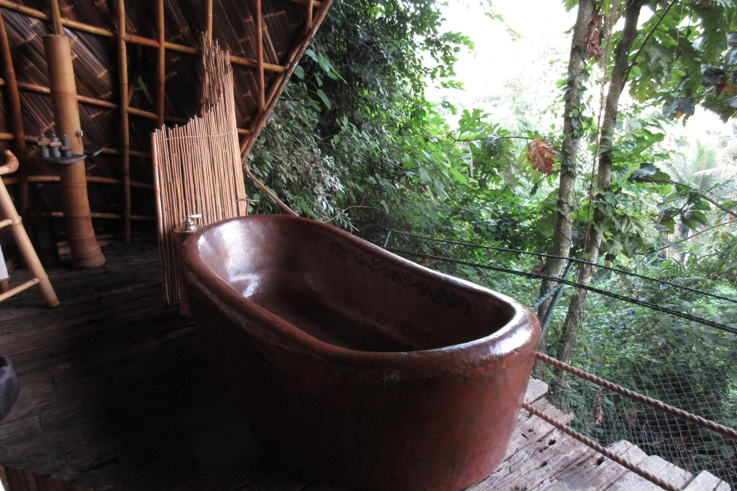 Bambu Indah Ubud – Copper House bathtub