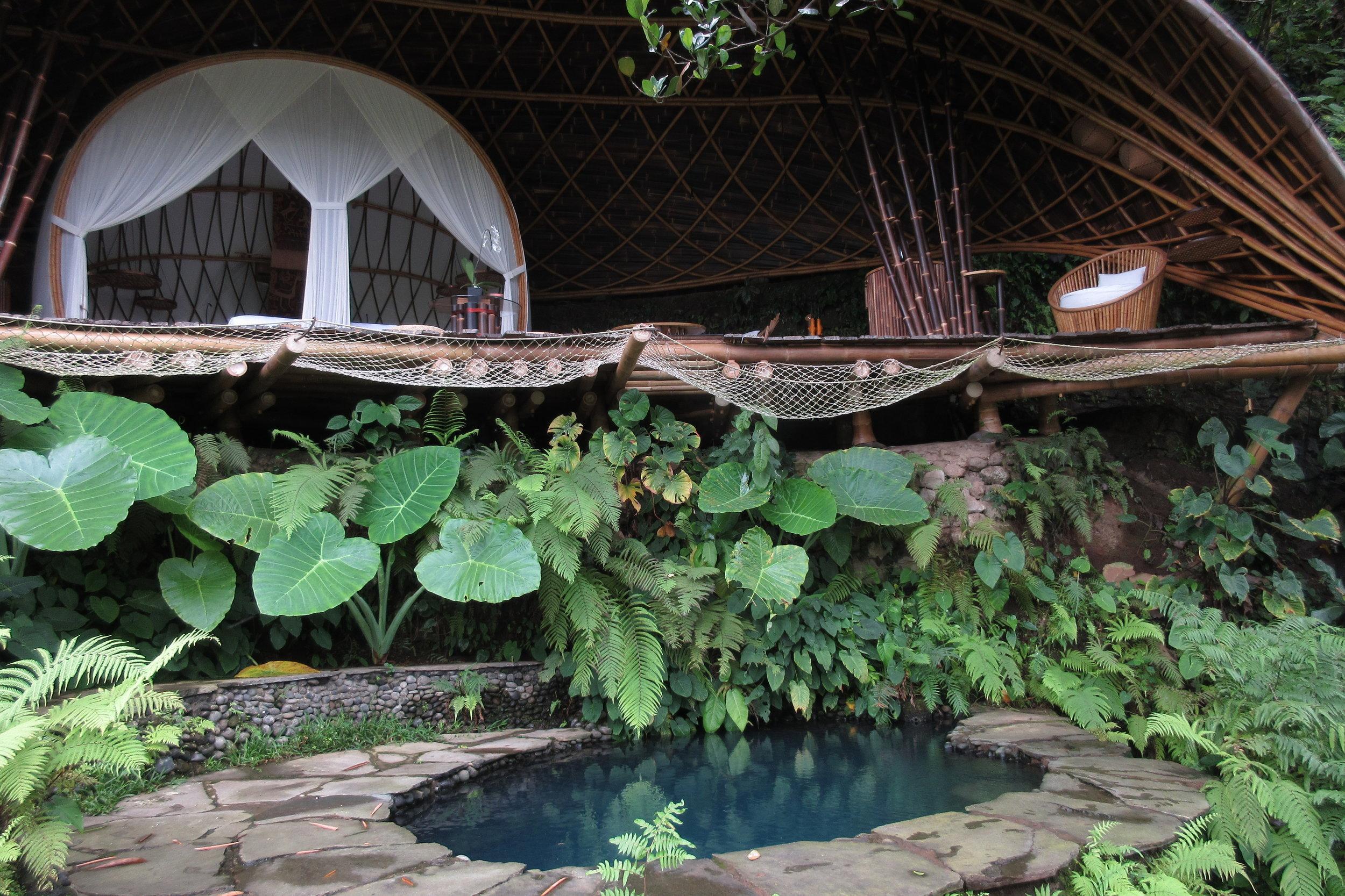 Bambu Indah Ubud – Moon House and pool