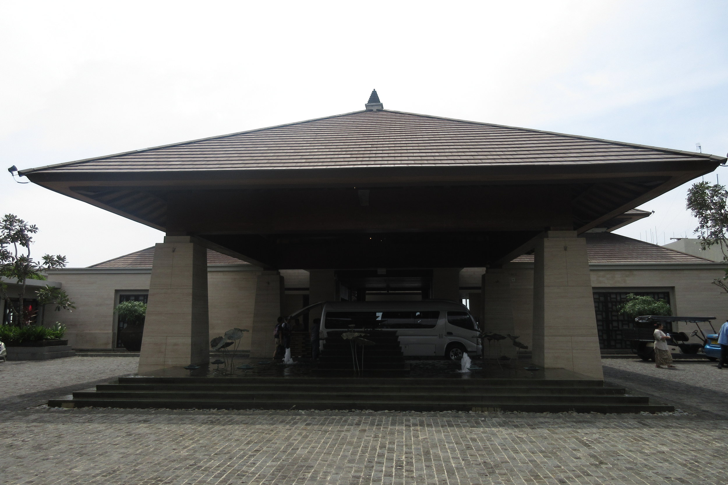The Ritz-Carlton, Bali – Entrance