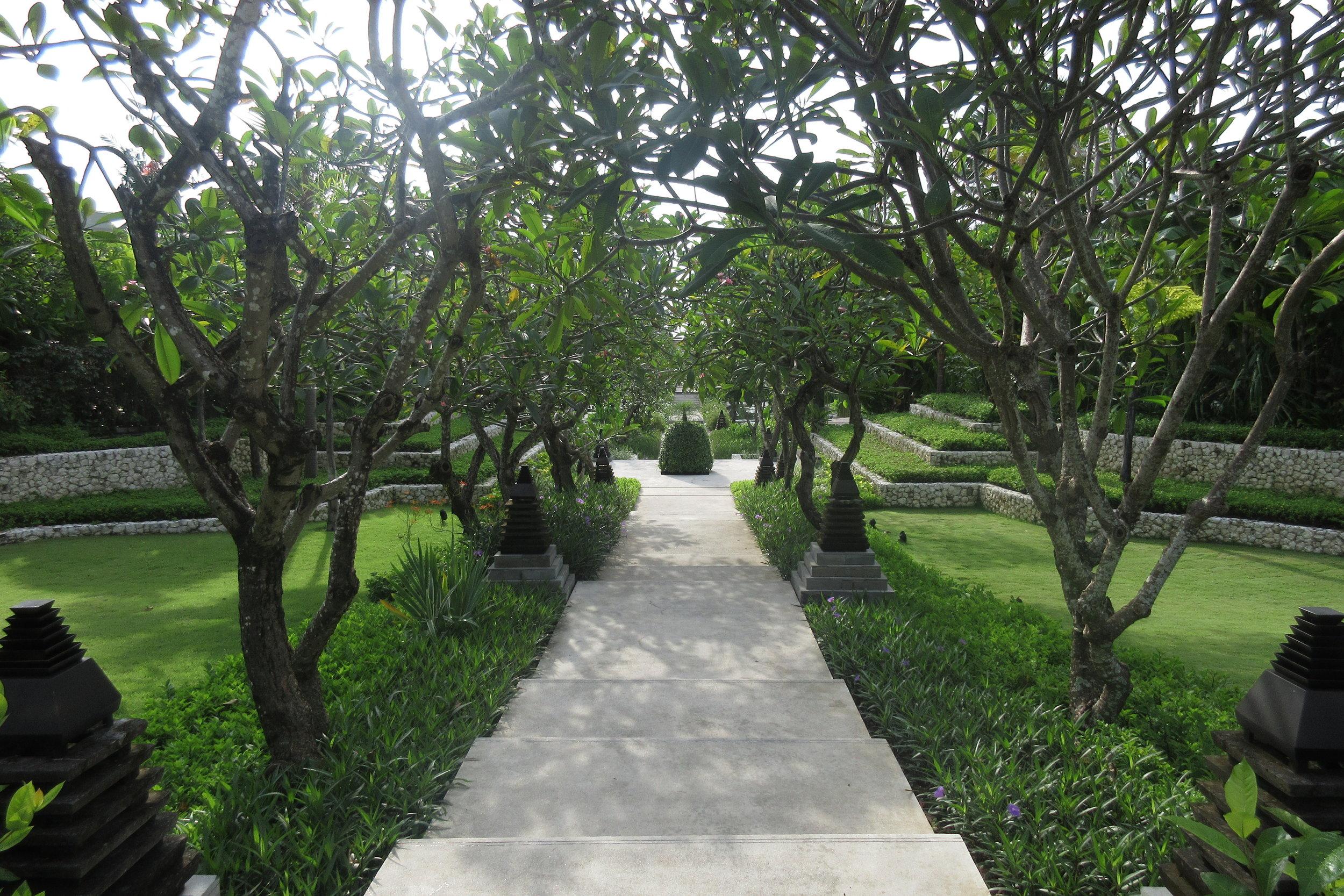The Ritz-Carlton, Bali – Pathway