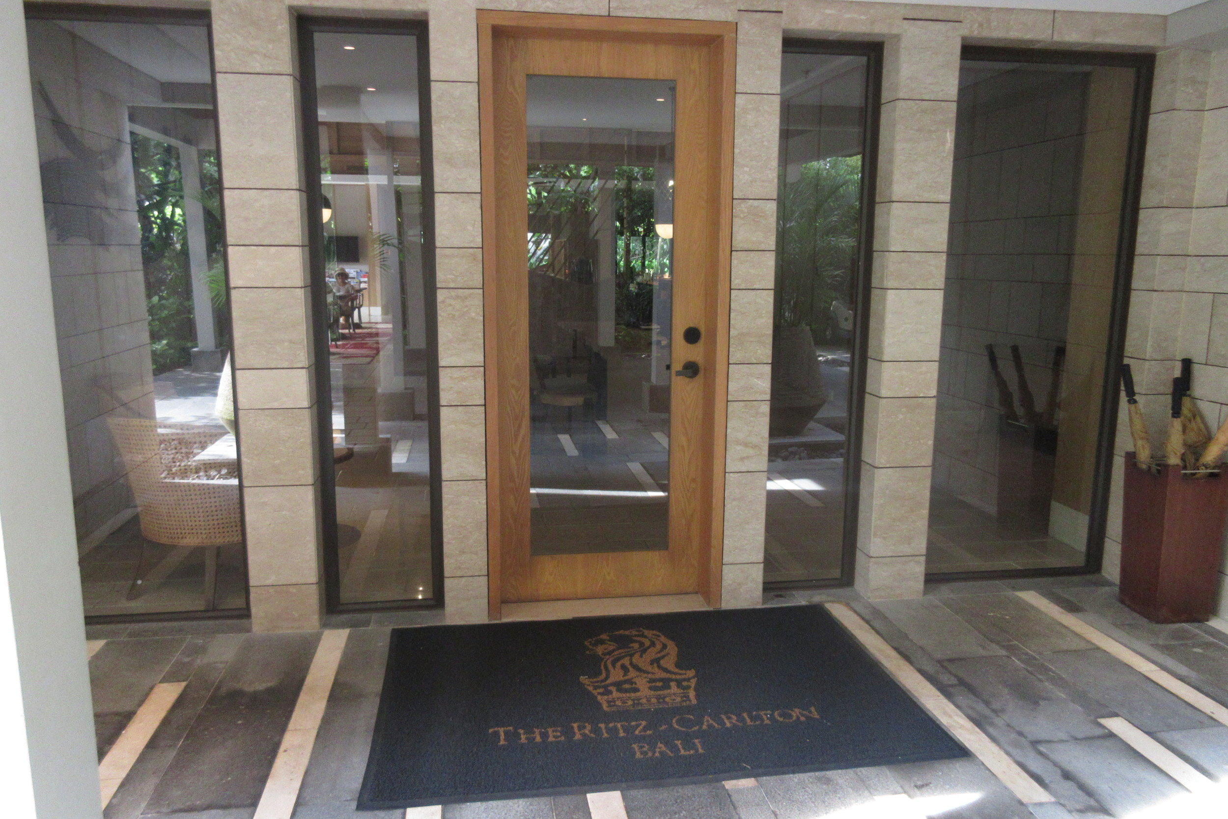 The Ritz-Carlton, Bali – Club entrance