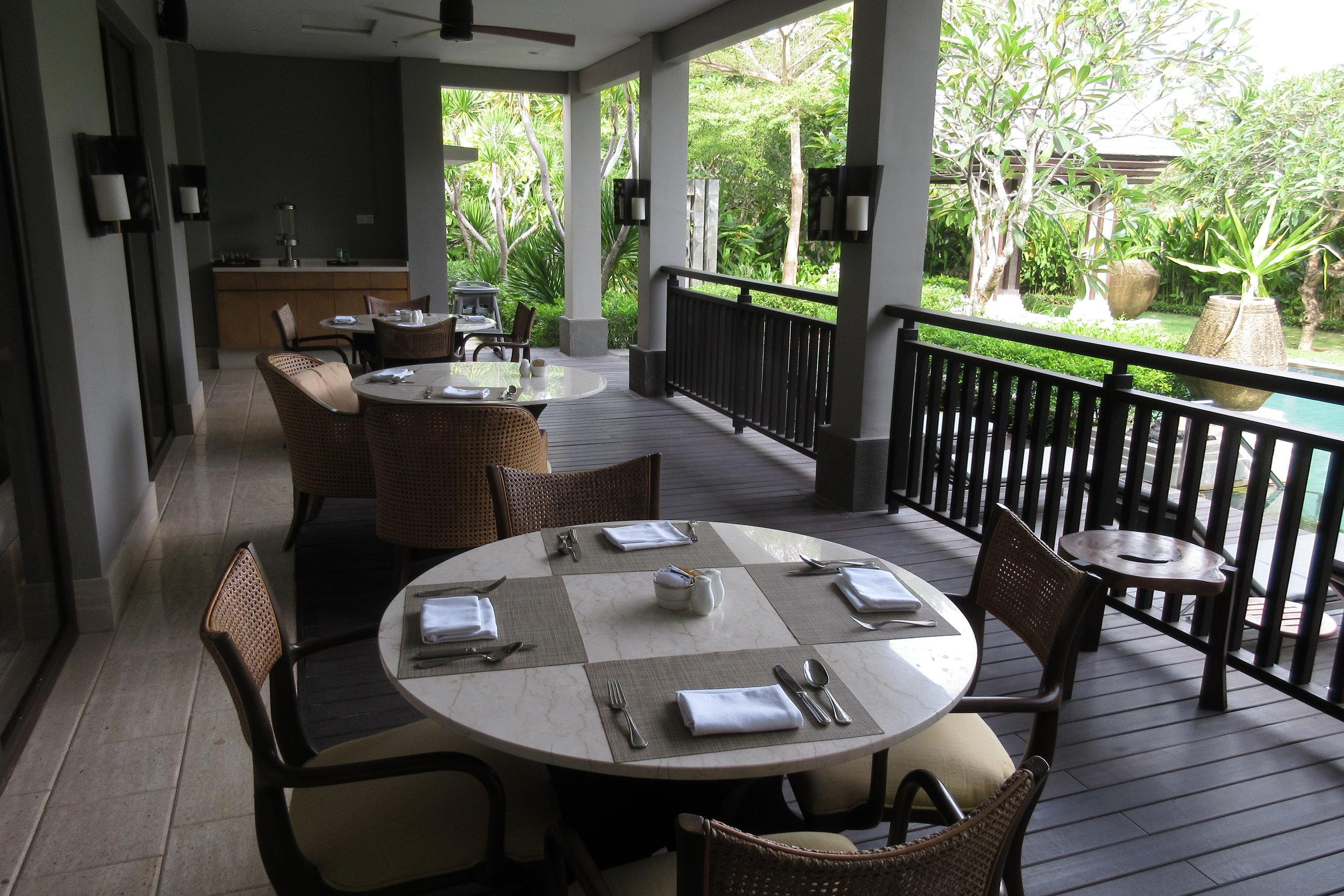 The Ritz-Carlton, Bali – Club patio
