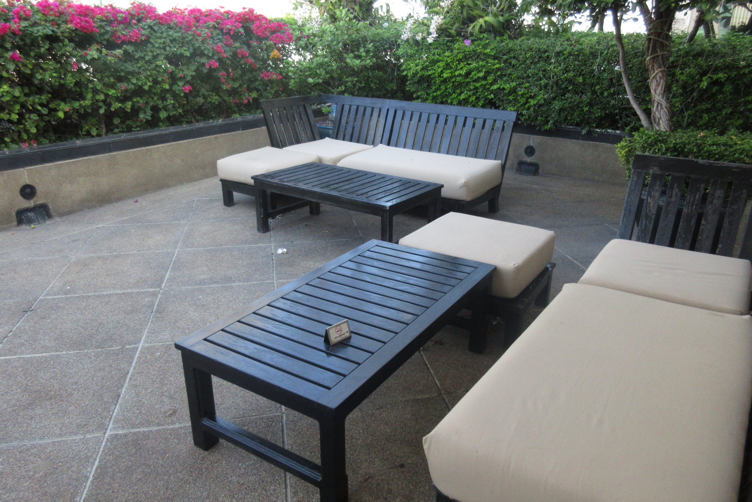 JW Marriott Bangkok – Club Lounge rooftop patio