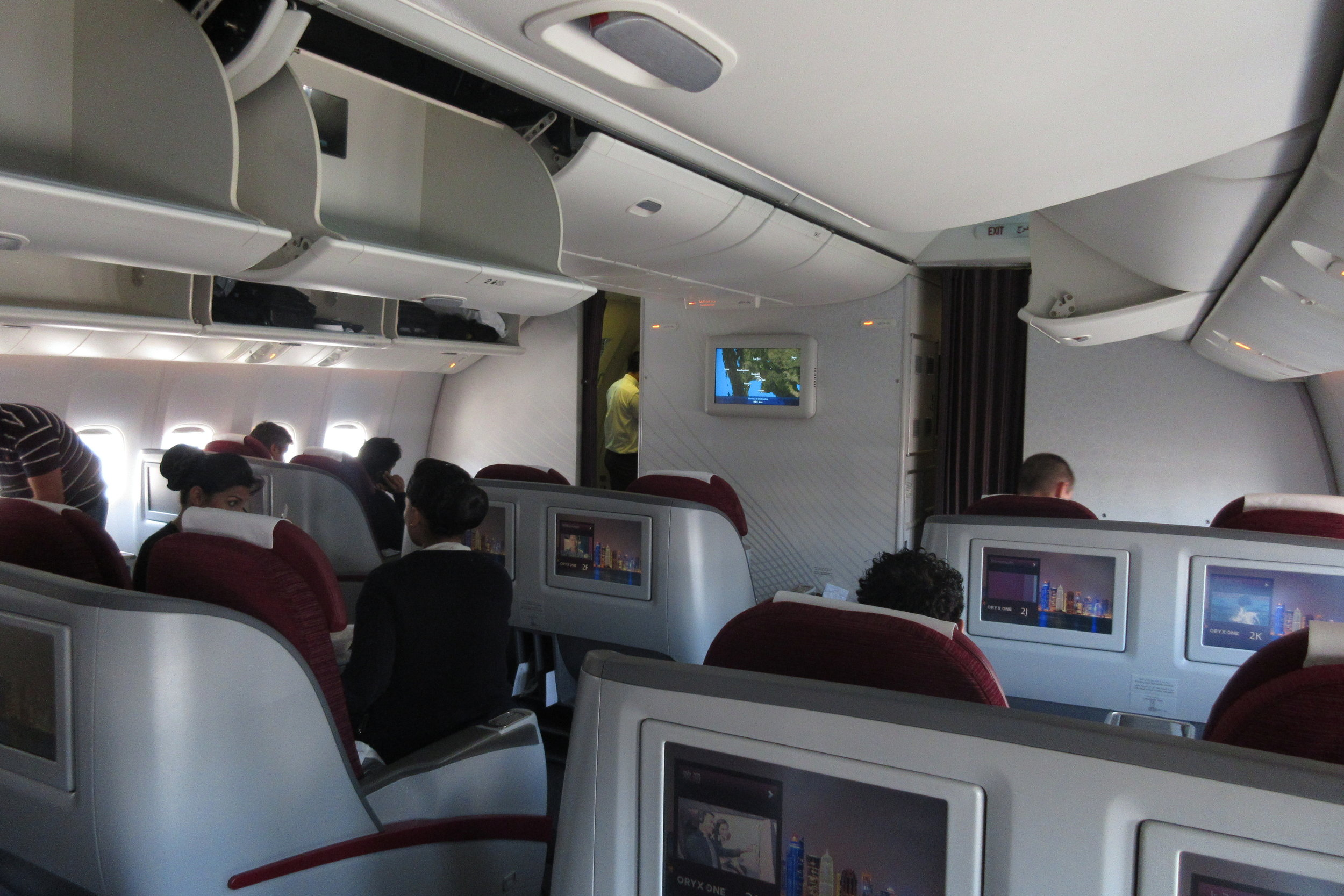 Qatar Airways 777 business class – Cabin
