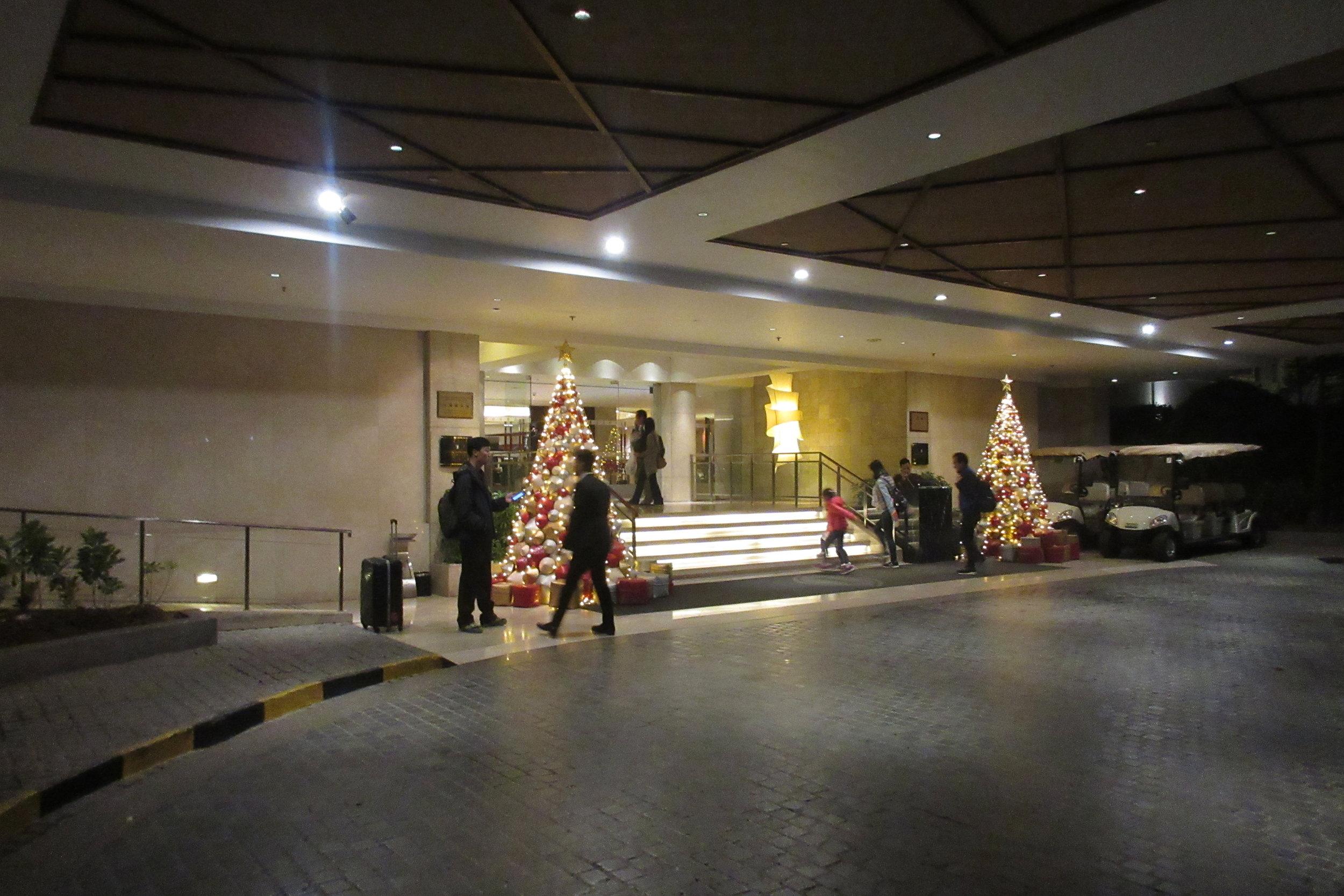 InterContinental Hanoi Westlake – Entrance