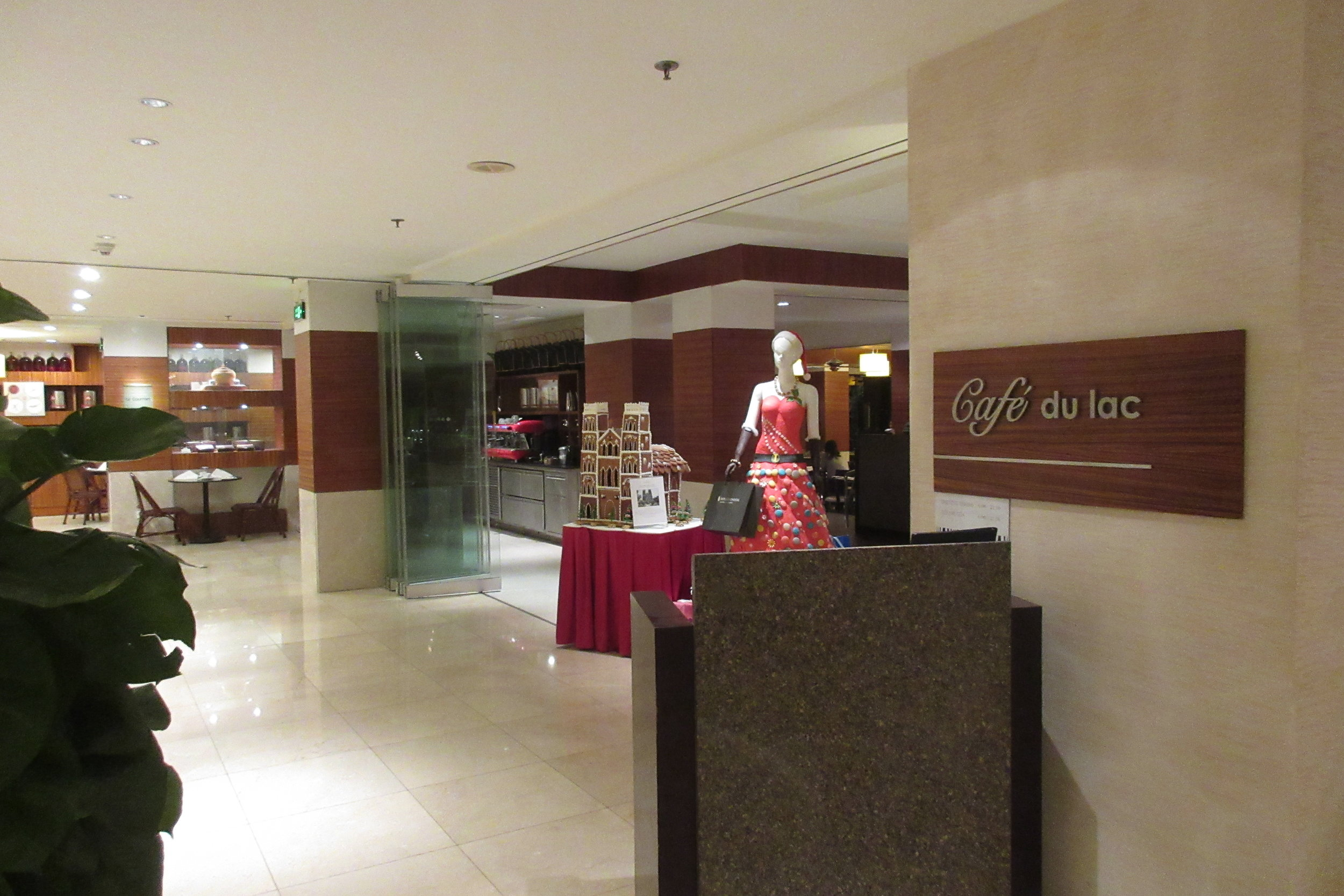 InterContinental Hanoi Westlake – Café du Lac restaurant