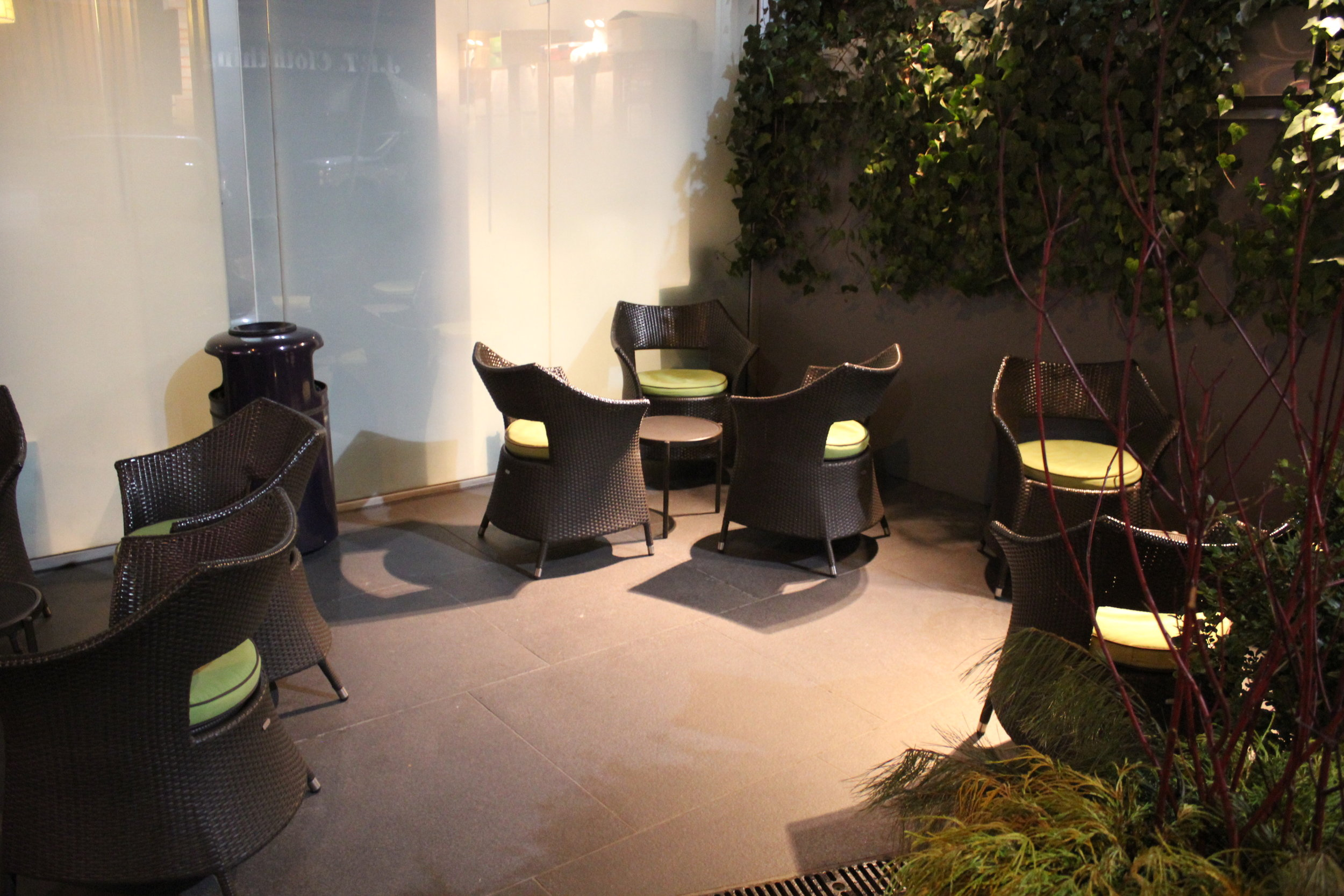 Best Western Premier New York Herald Square – Outdoor patio
