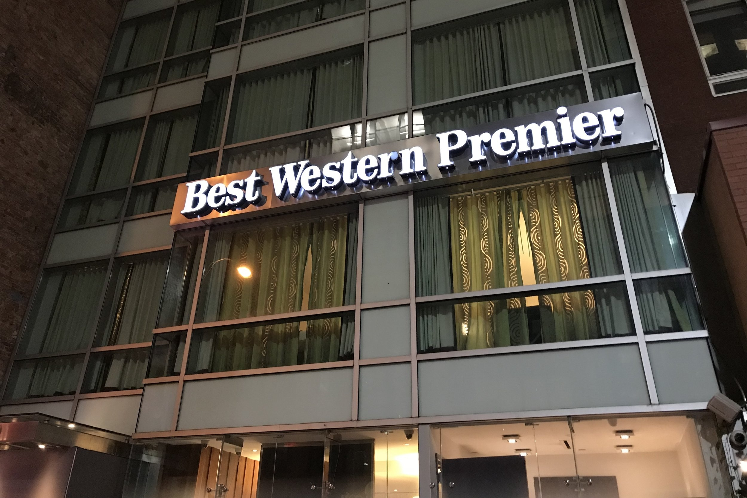 Best Western Premier New York Herald Square – Sign