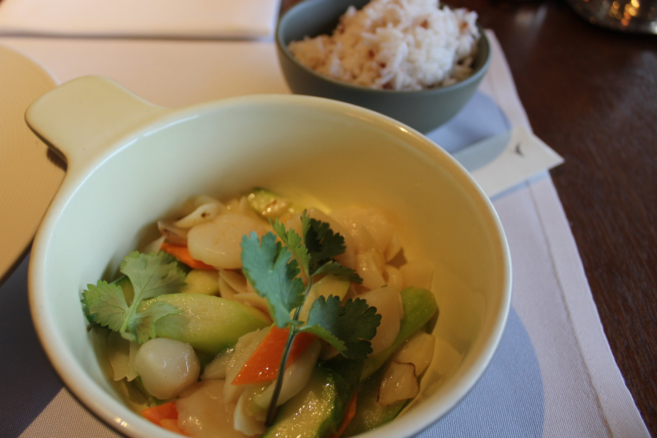 The Pier First Class Lounge by Cathay Pacific – Stir-fried duo scallop