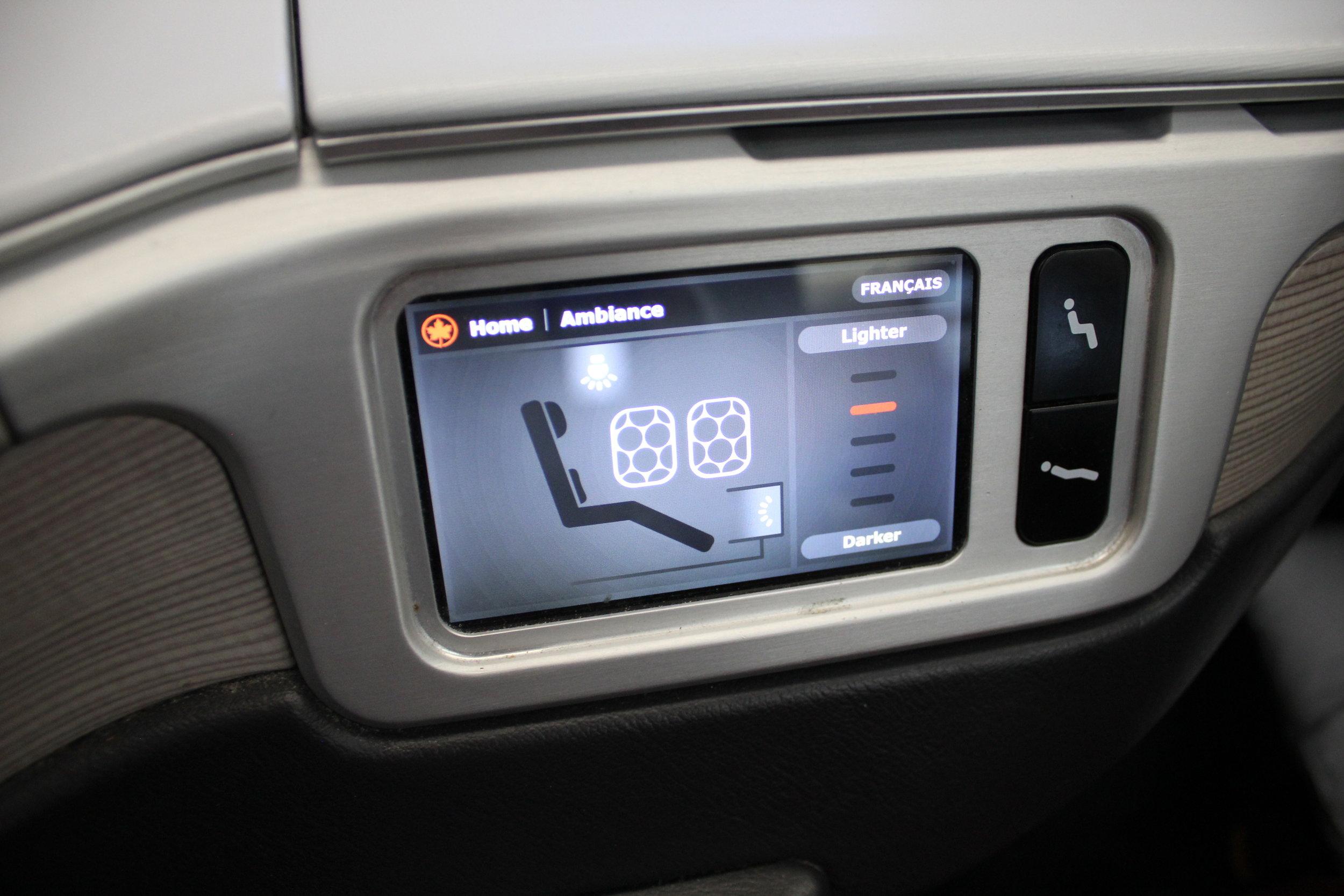 Air Canada business class – Window switch via seat controls