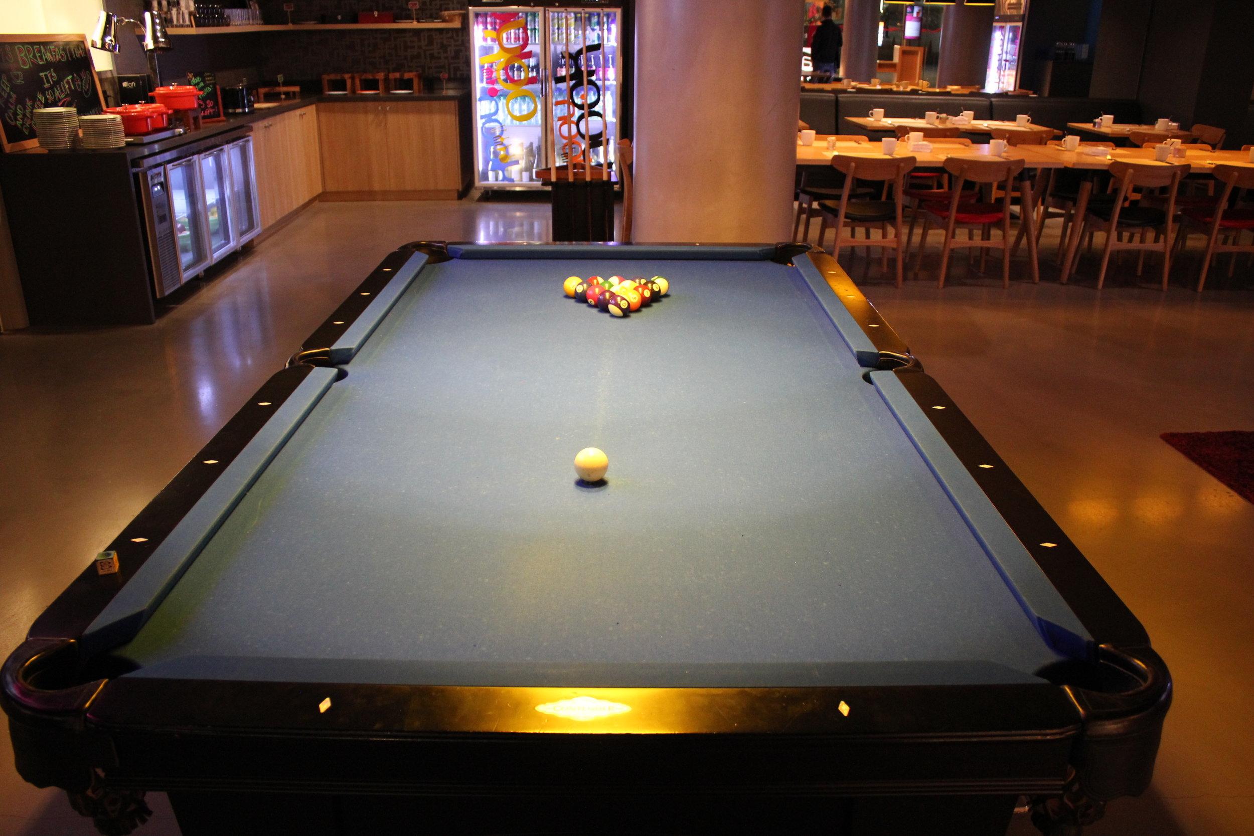 Aloft Montevideo – Pool table