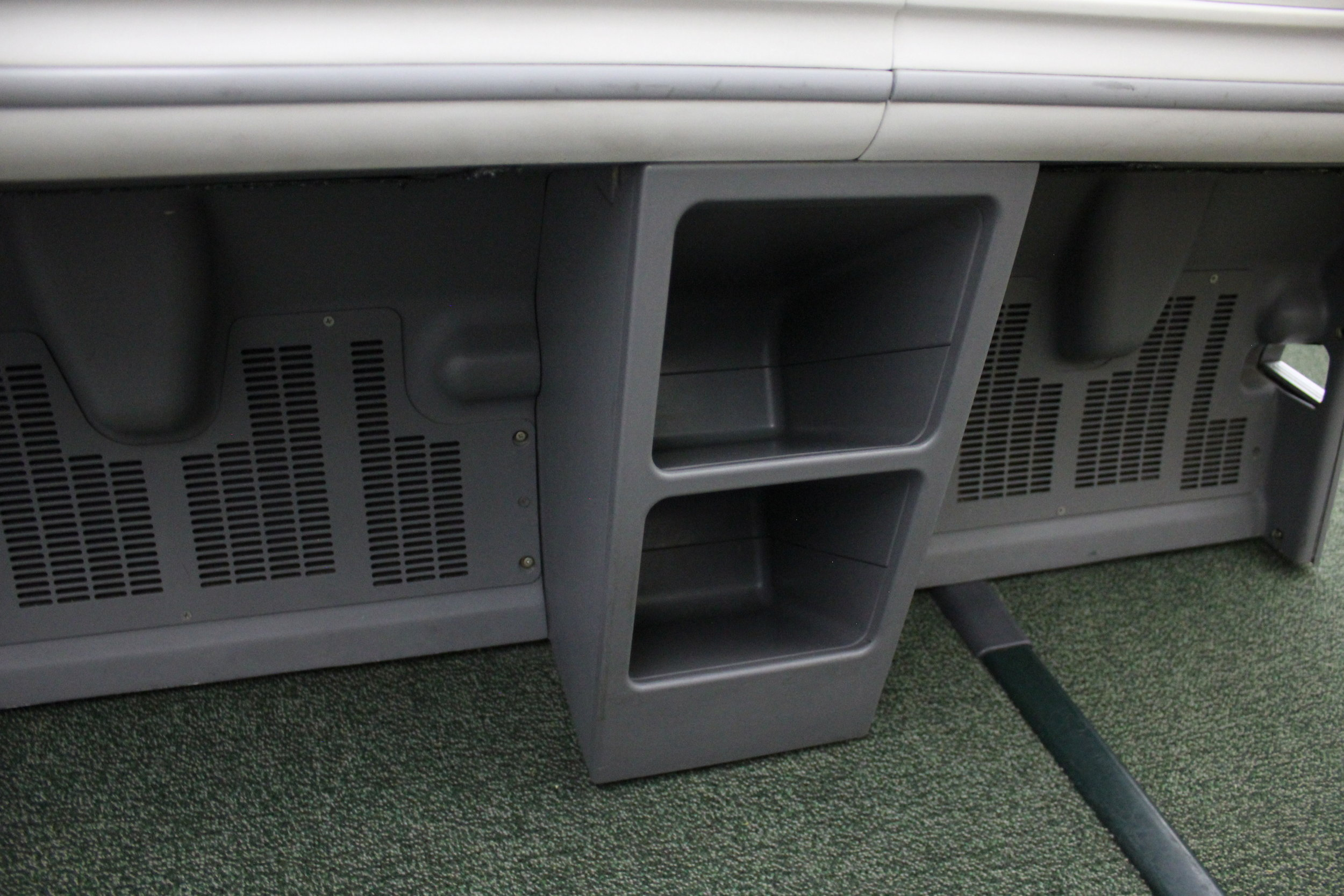 Ethiopian Airlines business class – Storage compartments