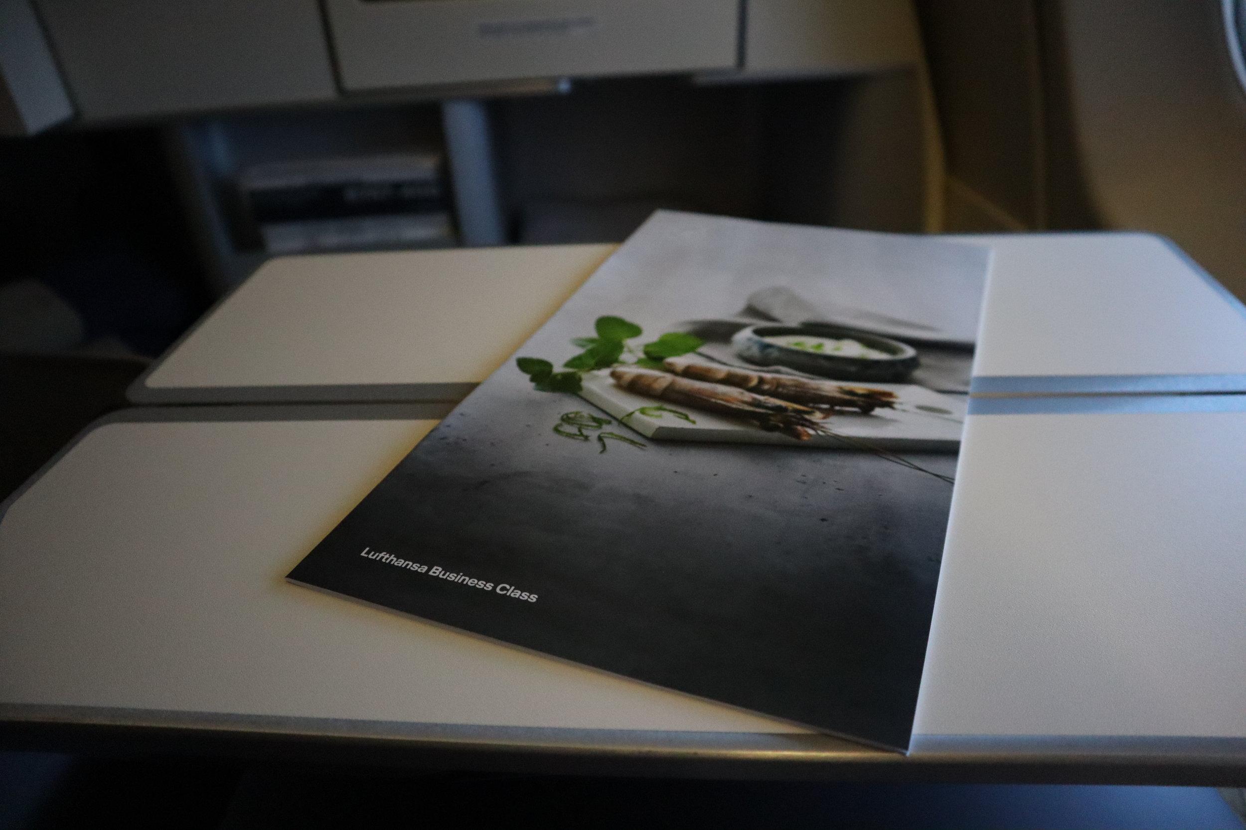 Lufthansa 747-400 business class – Menu