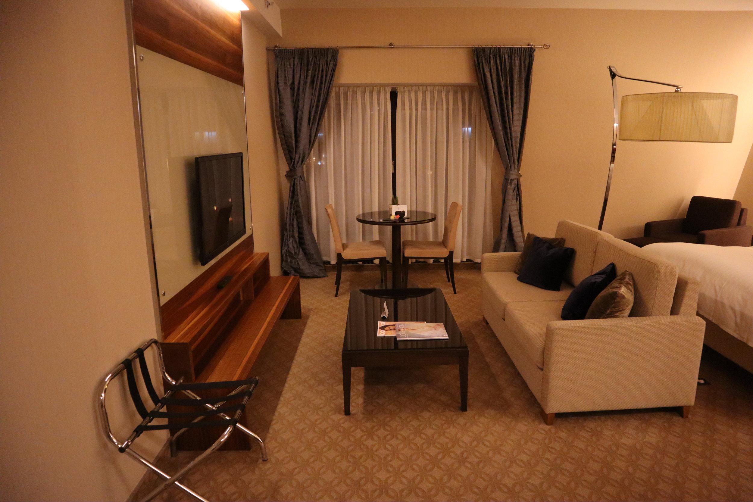 Marriott Novosibirsk – Junior suite sitting area