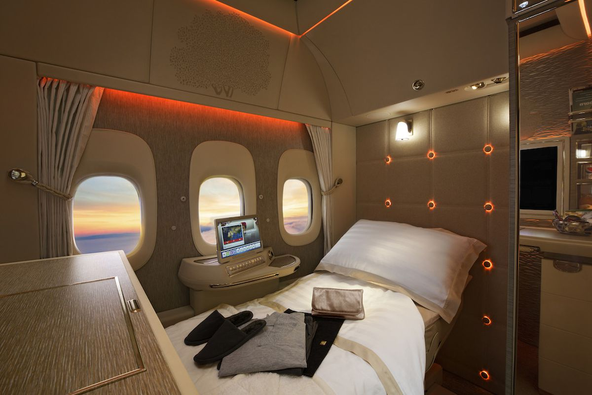 Emirates 777 New First Class