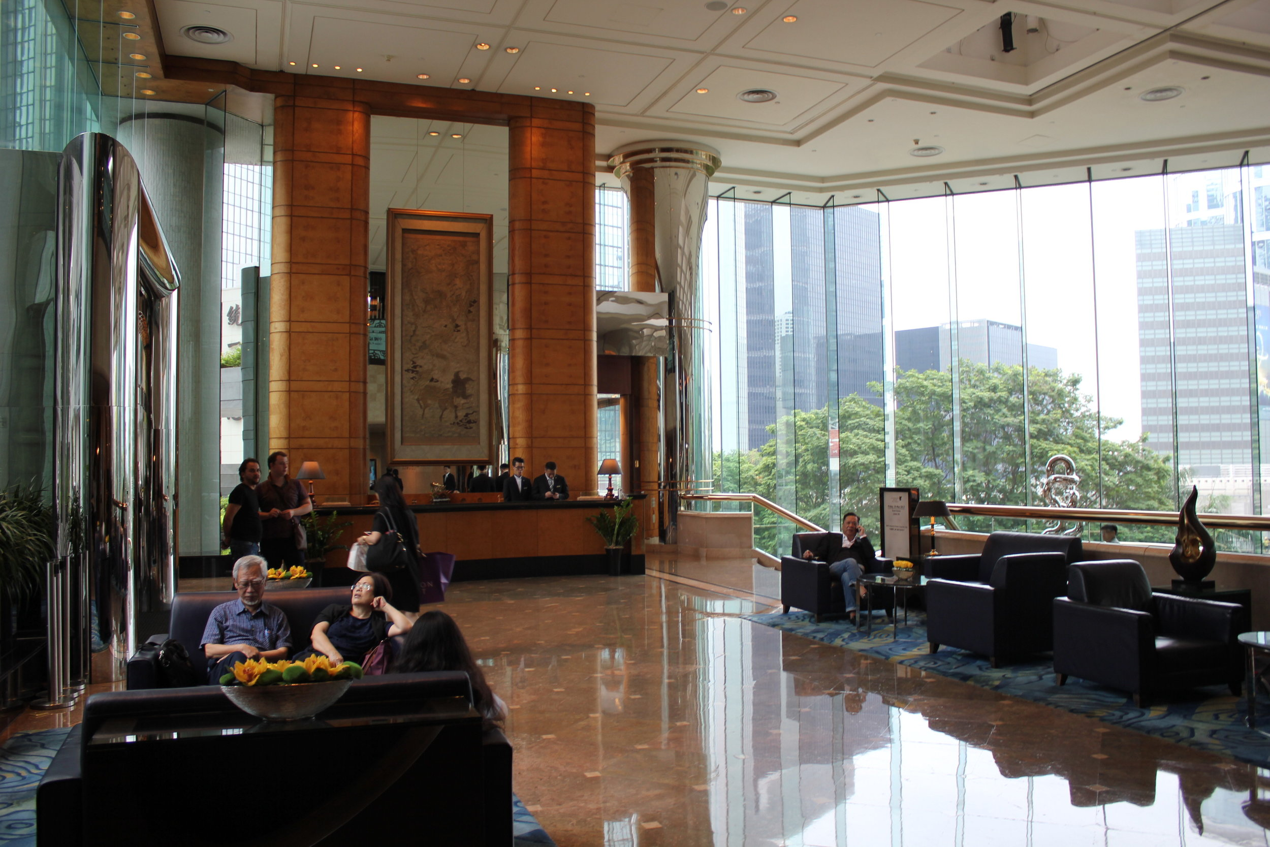 I recently treated my dad to seven nights at the  JW Marriott Hong Kong