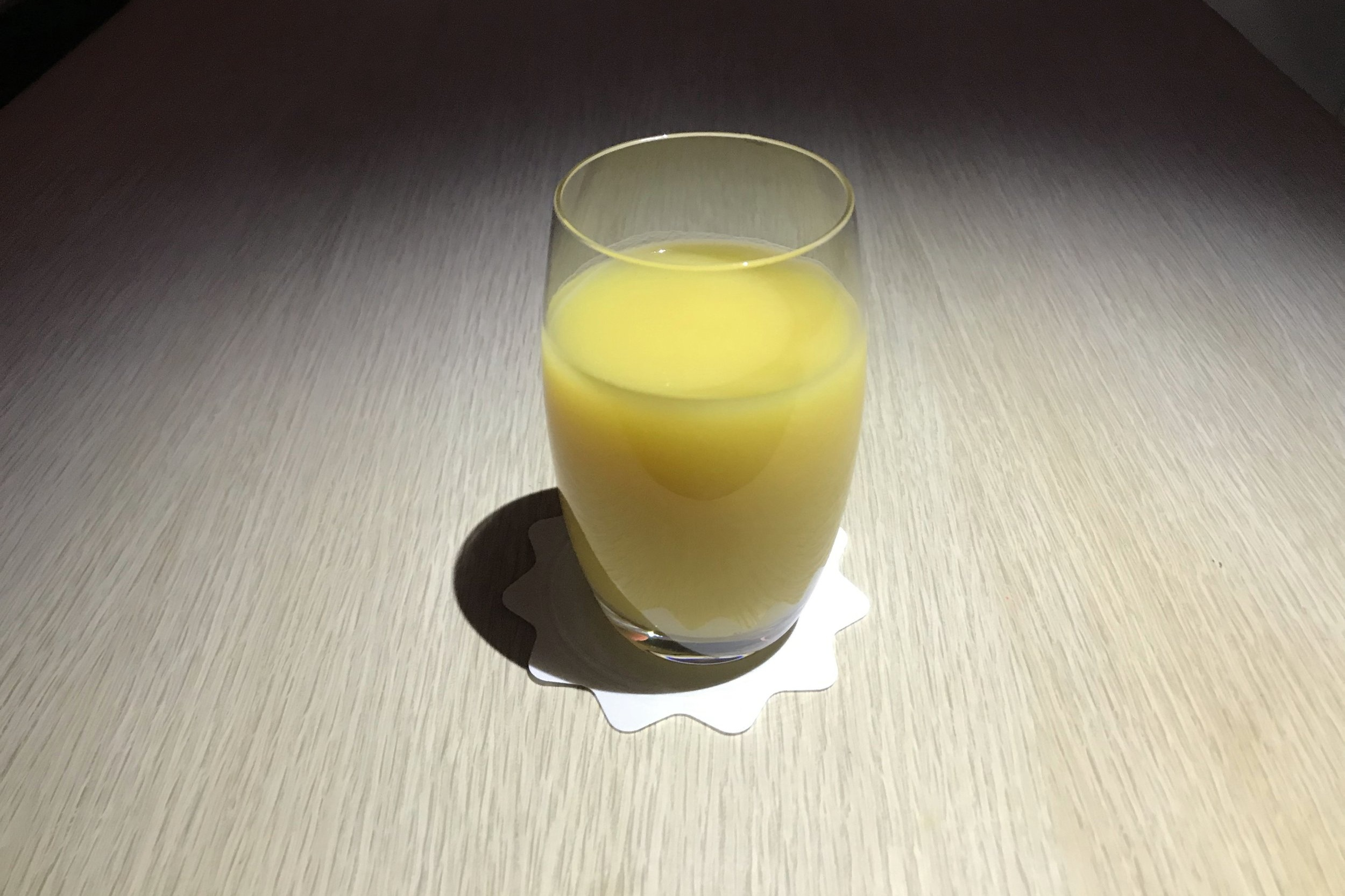 Asiana Airlines First Class – Pineapple juice