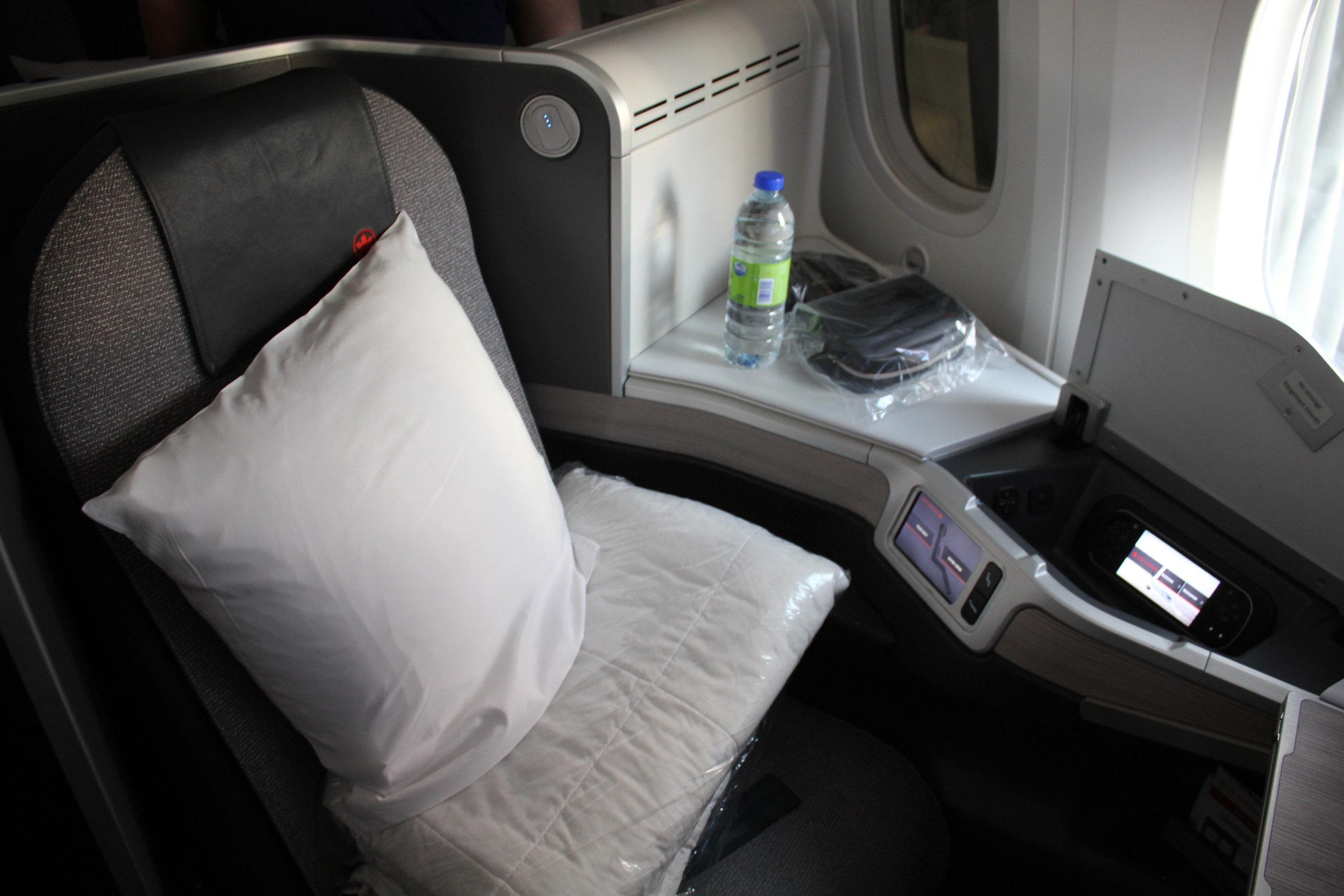 Air-Canada-Business-Class-12.jpeg