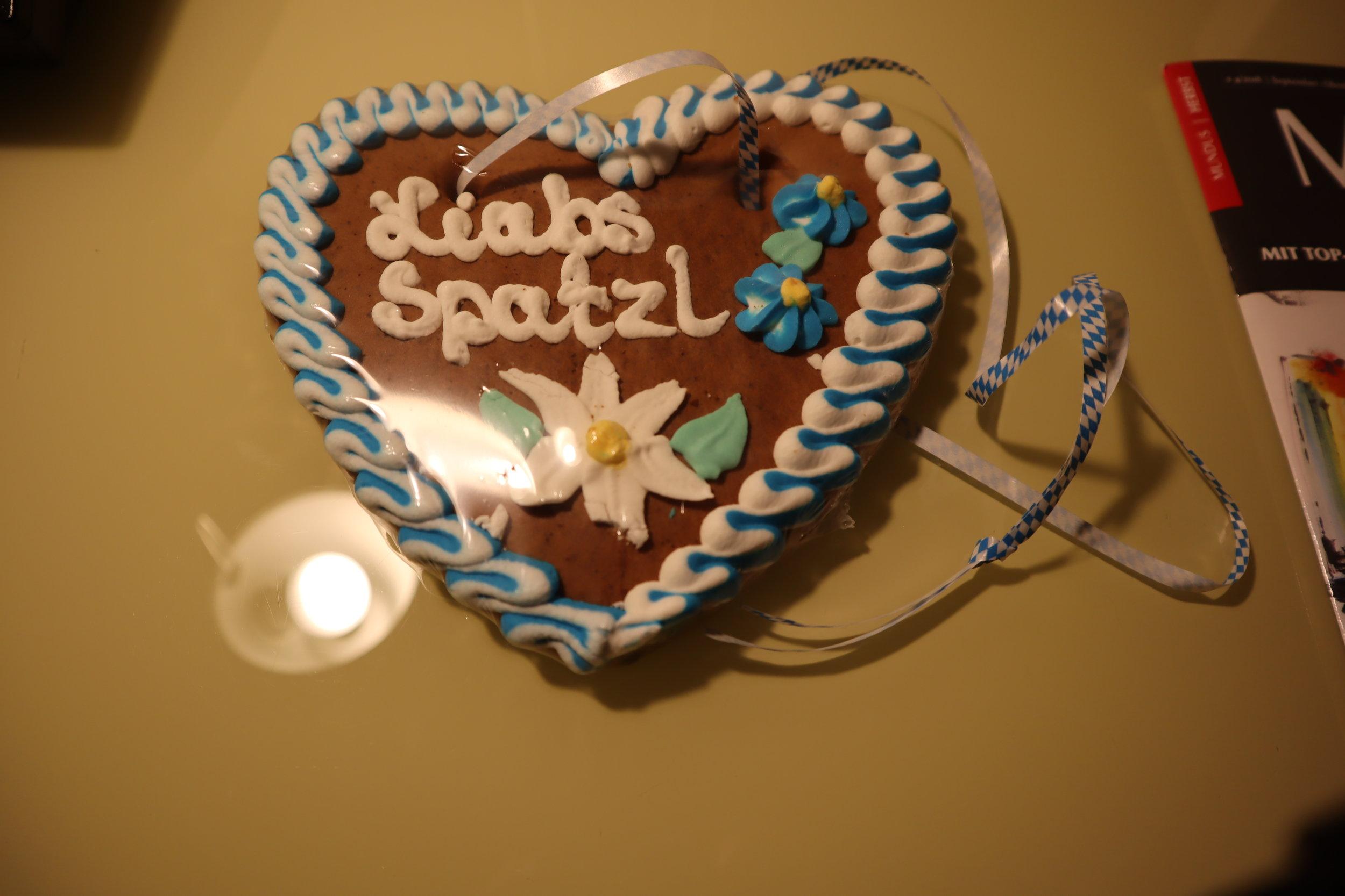Le Méridien Munich – Gingerbread heart welcome gift