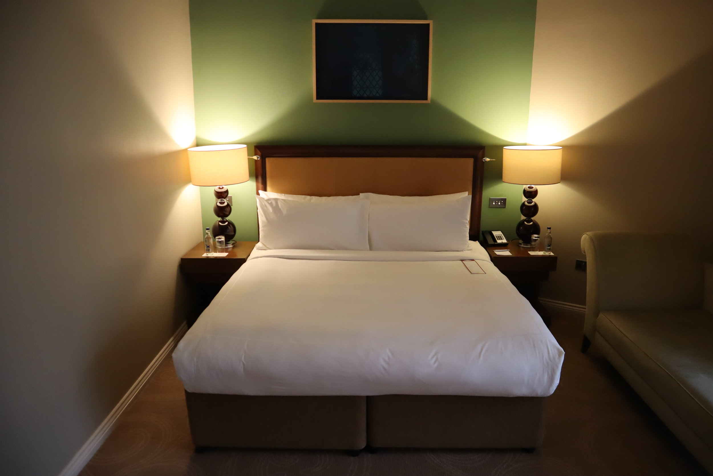 St. Pancras Renaissance Hotel London – King bed