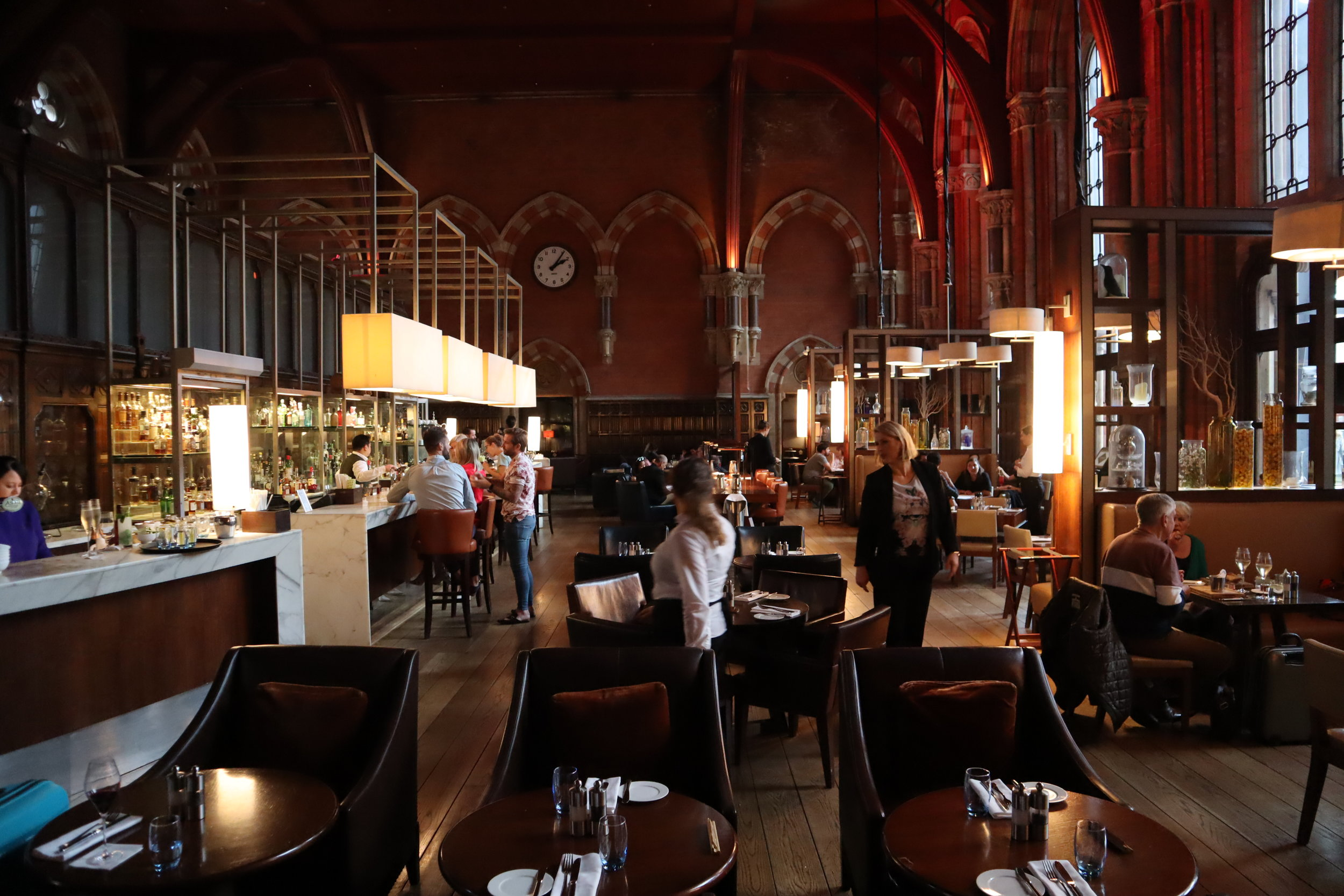 St. Pancras Renaissance Hotel London – Booking Office restaurant