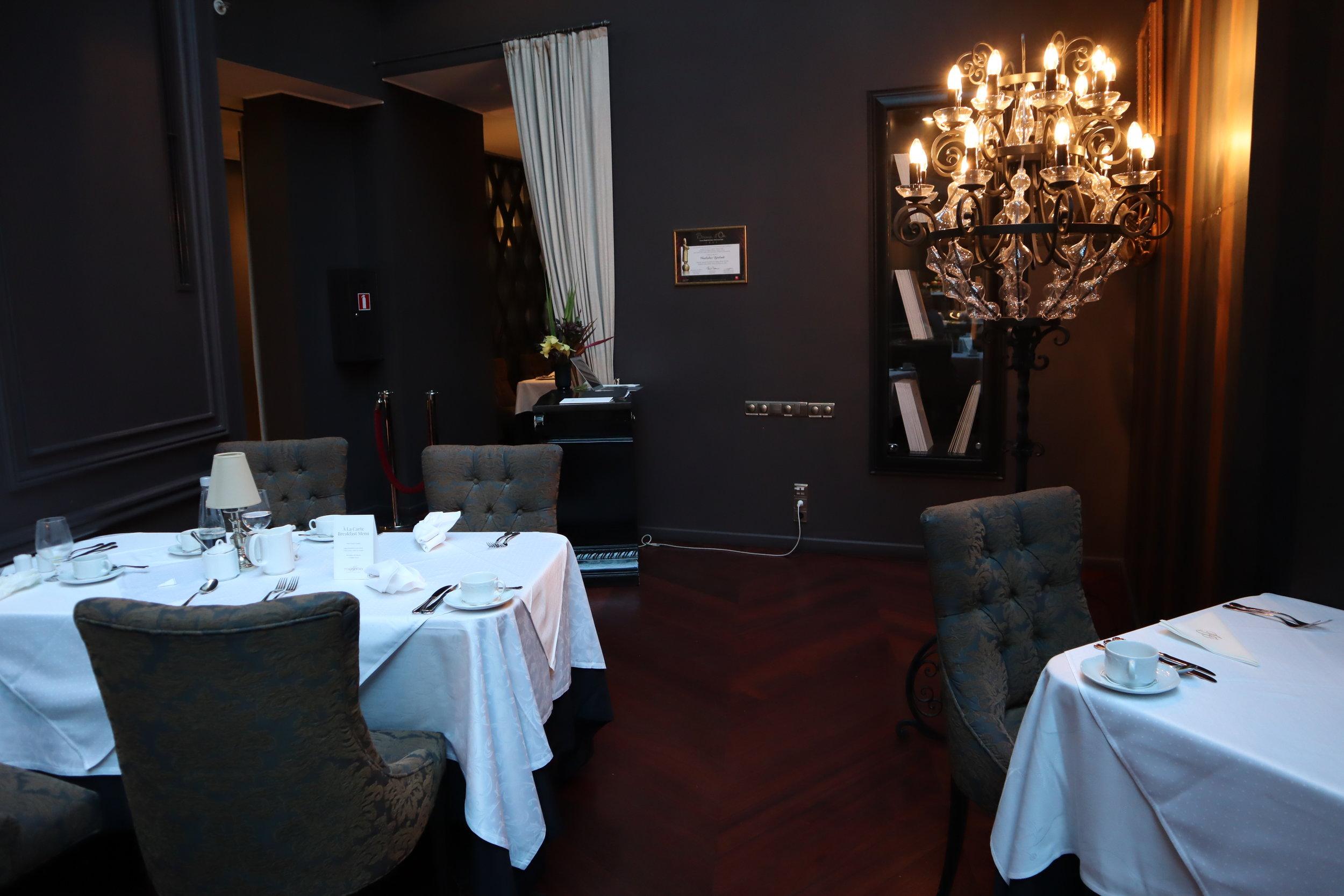 Hotel Telegraaf Tallinn – Restaurant Tchaikovsky seating