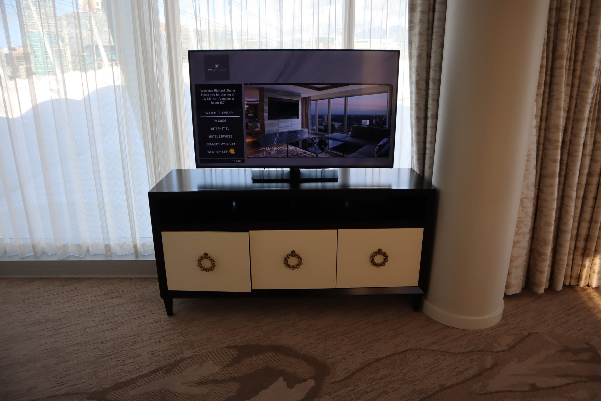 JW Marriott Parq Vancouver – Living room television