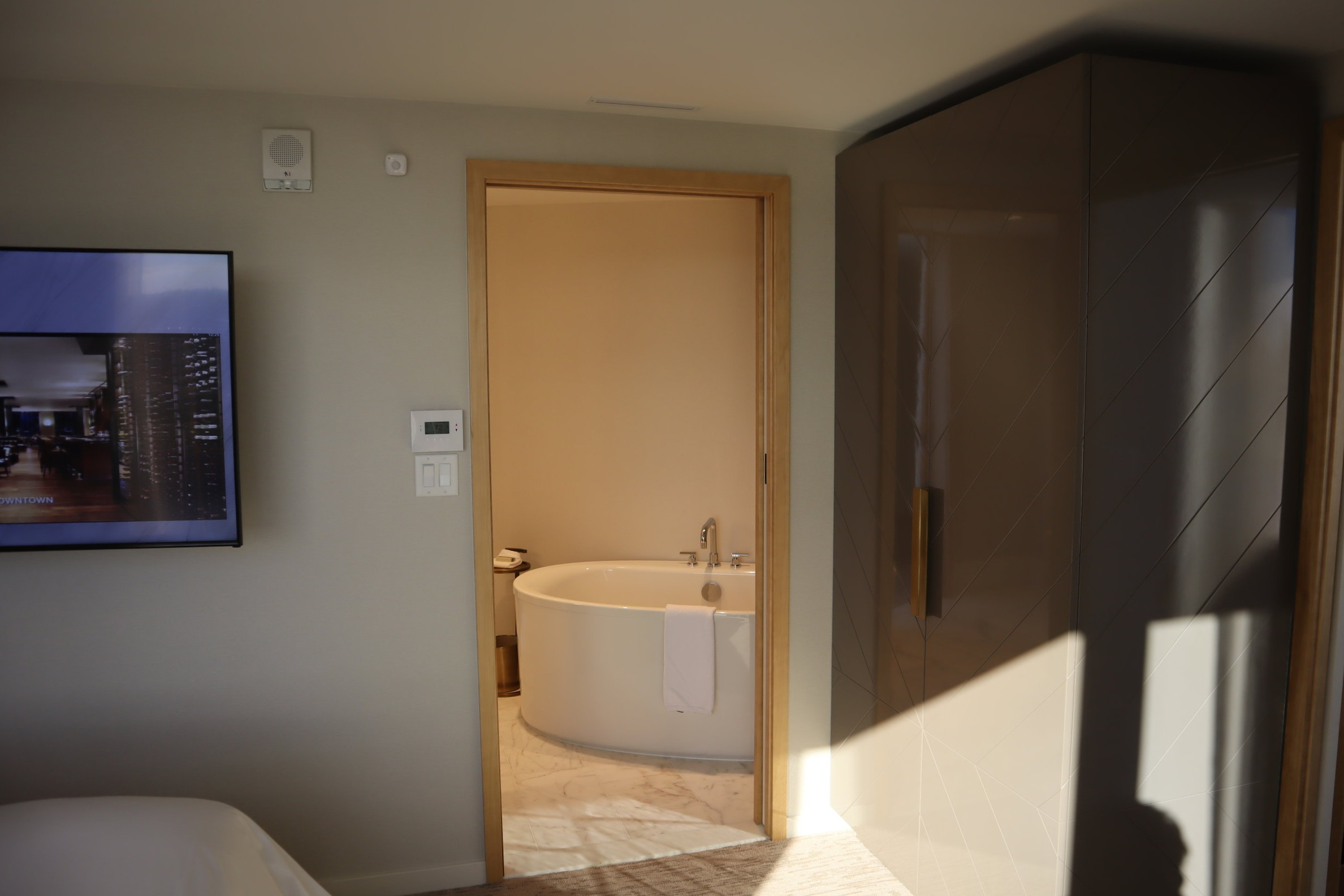 JW Marriott Parq Vancouver – Armoire and door to bathroom