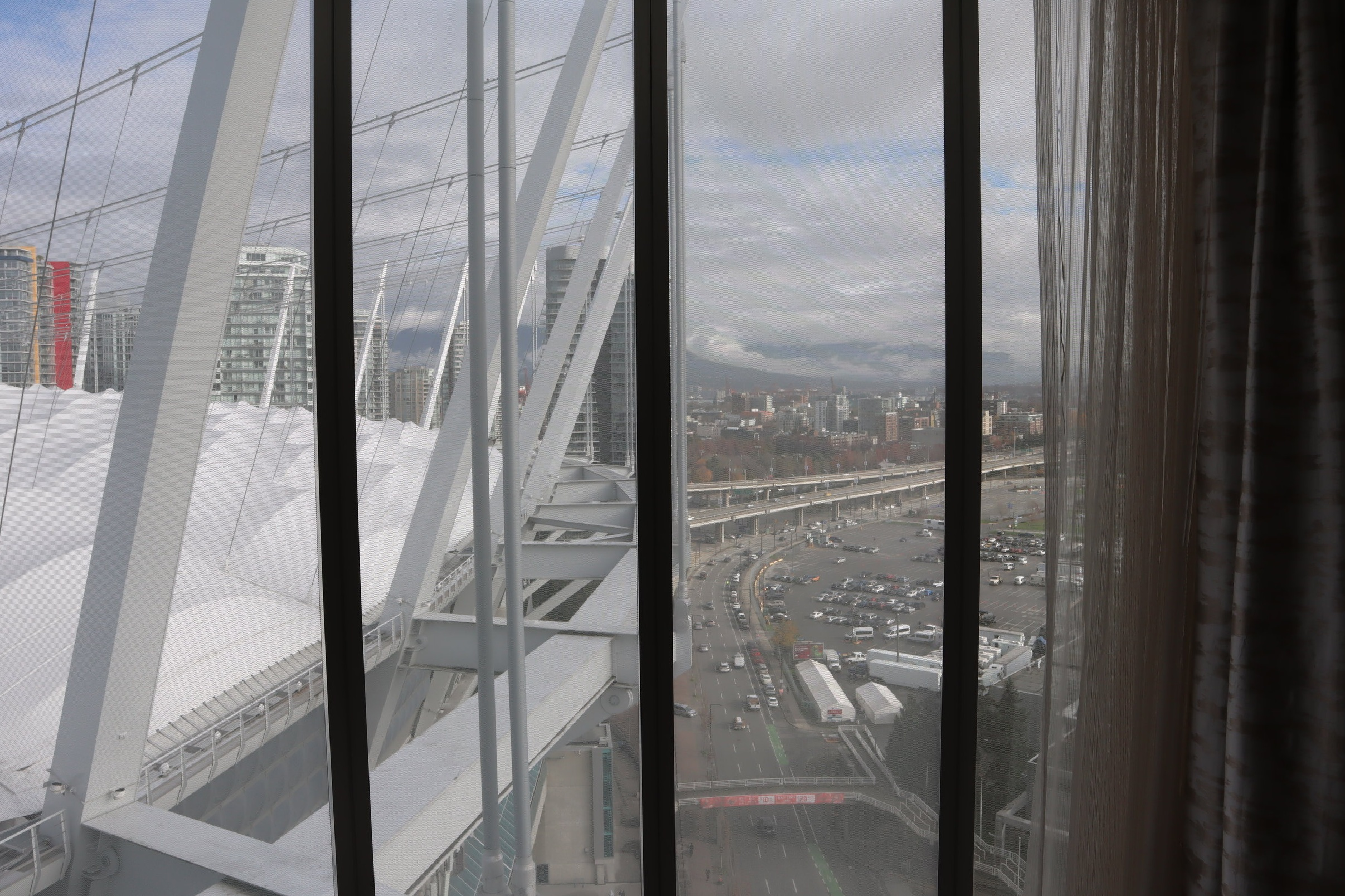JW Marriott Parq Vancouver – Views of BC Place
